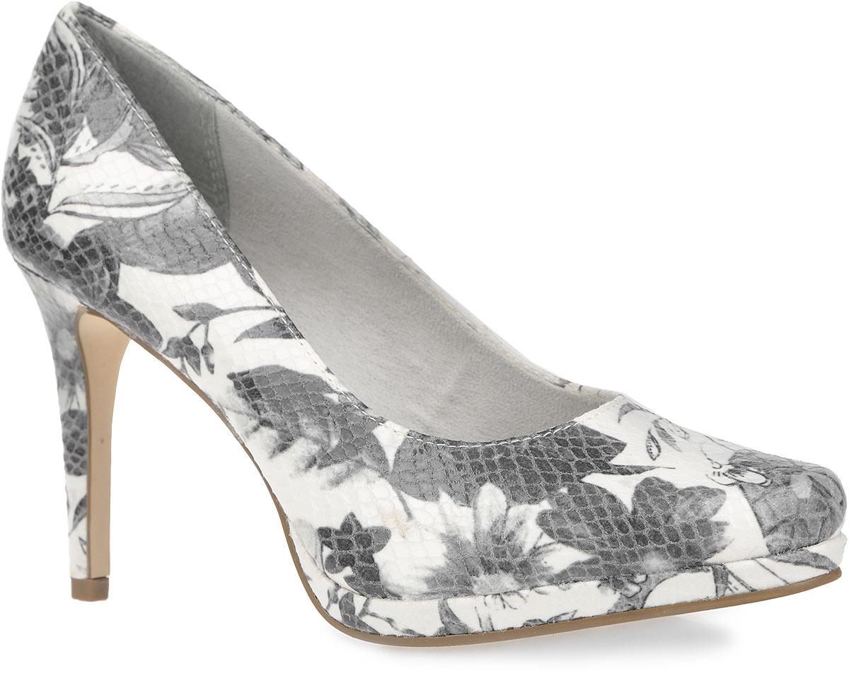 Туфли женские. 1-1-22446-36-1601-1-22446-36-160Восхитительные женские туфли от Tamaris покорят вас с первого взгляда. Модель выполнена из текстиля с глянцевой поверхностью, оформленного цветочным принтом и узором в виде тиснения под рептилию. Закругленный носок добавит женственности в ваш образ. Внутренняя часть обуви изготовлена из комбинации текстиля и искусственных материалов. Стелька из искусственной кожи обеспечит ногам комфорт и уют. Высокий каблук компенсирован платформой. Подошва с рельефным протектором не скользит. Модные туфли займут достойное место среди вашей коллекции обуви.