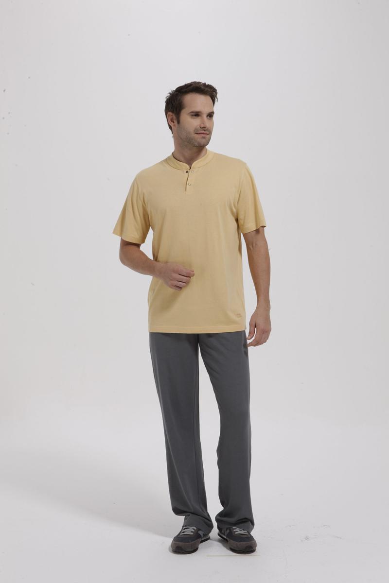 Комплект мужской: ветровка, футболка, брюки. 5940