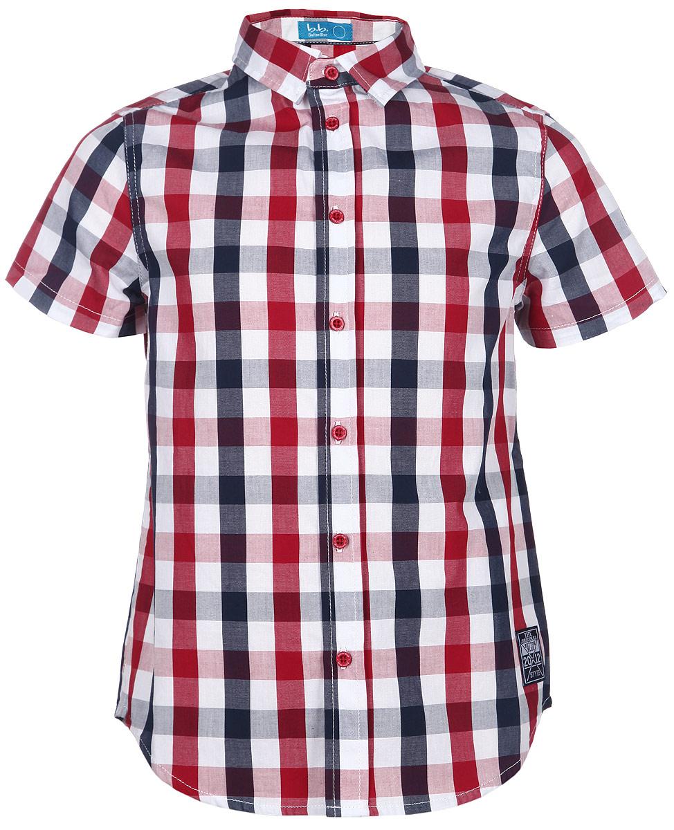 Рубашка для мальчика. 116BBBB2306116BBBB2303Стильная рубашка для мальчика Button Blue идеально подойдет вашему ребенку. Изготовленная из натурального хлопка, она мягкая и приятная на ощупь, не сковывает движения и позволяет коже дышать, не раздражает даже самую нежную и чувствительную кожу ребенка, обеспечивая ему наибольший комфорт. Рубашка с короткими рукавами и отложным воротничком застегивается на пластиковые пуговицы по всей длине. Оформлена модель принтом в клетку, дополнена небольшой нашивкой. Современный дизайн и модная расцветка делают эту рубашку стильным предметом детского гардероба. Ее можно носить как с джинсами, так и с классическими брюками.