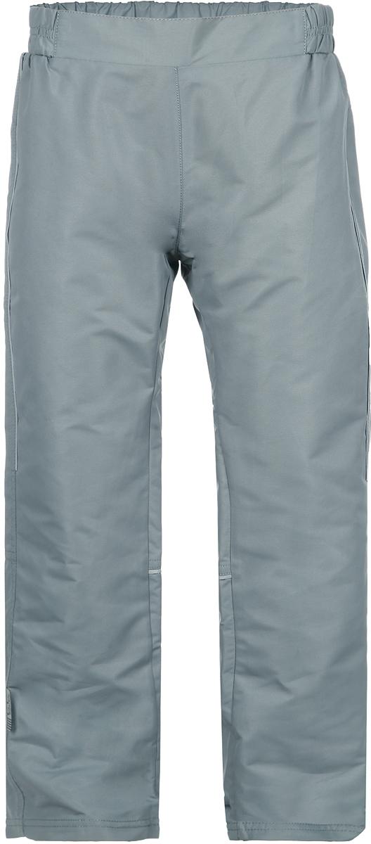 Брюки детские Active. 116BBUB64116BBUB6401Детские брюки Button Blue Active идеально подойдут вашему ребенку для активного отдыха и прогулок. Изготовленные из высококачественного антиаллергенного материала отталкивающего воду и грязь, они мягкие и приятные на ощупь, не сковывают движения, сохраняют тепло, обеспечивая наибольший комфорт. Материал обладает воздухопроводимостью, износостойкостью и защищает от ветра. Брюки на талии имеют широкую резинку, регулируемую скрытыми пластиковыми пуговицами на резинке, благодаря чему, они не сдавливают живот ребенка и не сползают. Светоотражающие вставки на брючинах не оставят вашего ребенка незамеченным в темное время суток. Современный дизайн и модная расцветка делают эти брюки модным и стильным предметом детского гардероба. В них ваш ребенок всегда будет в центре внимания! Рекомендуемый температурный режим от +5°С до -3°С.