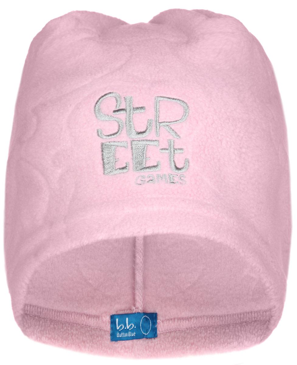 Шапка детская116BBGB7310Стильная флисовая шапка для девочки Button Blue идеально подойдет для прогулок в прохладное время года. Изготовленная из высококачественного полиэстера, она необычайно мягкая и легкая, не раздражает нежную кожу ребенка и хорошо вентилируется. Шапка оформлена тиснением и небольшой вышивкой в виде надписи Street Games. Такая шапка станет модным и стильным предметом детского гардероба. Она улучшит настроение даже в хмурые прохладные дни! Уважаемые клиенты! Размер, доступный для заказа, является обхватом головы ребенка.