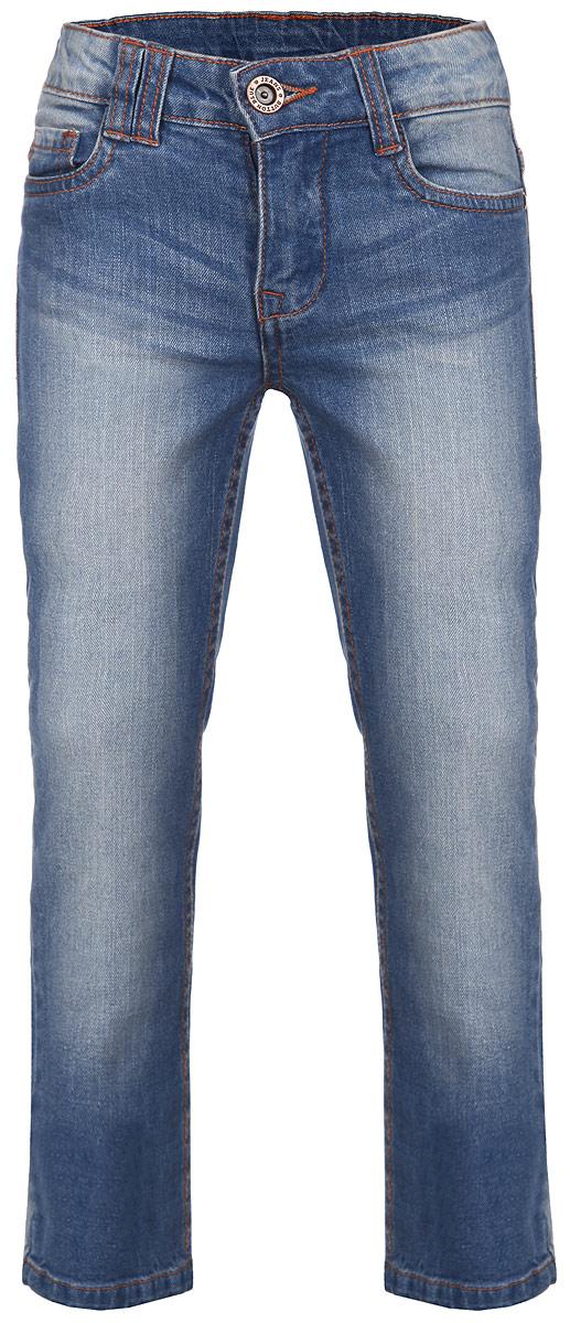 Джинсы для девочки. 116BBGB6307116BBGB6307Джинсы для девочки Button Blue идеально подойдут маленькой моднице. Изготовленные из эластичного хлопка, они мягкие и приятные на ощупь, не сковывают движения ребенка и позволяют коже дышать, обеспечивая наибольший комфорт. Джинсы на талии застегиваются на металлическую пуговицу и имеют ширинку на застежке-молнии, а также шлевки для ремня. С внутренней стороны пояс регулируется скрытой резинкой на пуговицах. Модель имеет классический пятикарманный крой: спереди два втачных кармана и один маленький накладной, а сзади - два накладных кармана. Оформлено изделие прострочкой, металлическими клепками и легким эффектом потертости. Современный дизайн и расцветка делают эти джинсы модным предметом детской одежды. В них ребенок всегда будет в центре внимания!