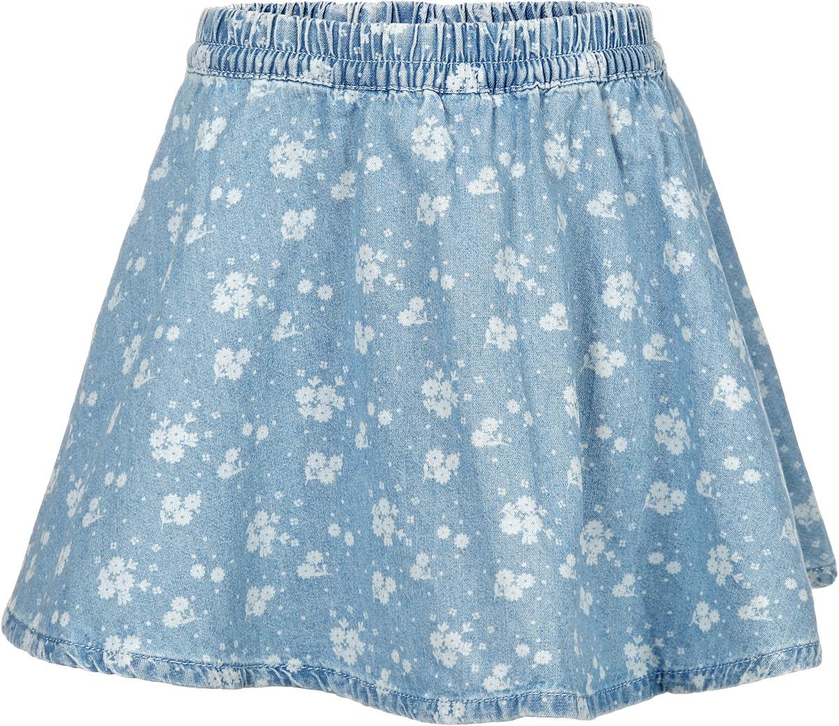 Юбка для девочки. 116BBGB6103116BBGB6103Юбка для девочки Button Blue подойдет вашей маленькой моднице и станет отличным дополнением к ее гардеробу. Изготовленная из натурального хлопка, она мягкая и приятная на ощупь, не сковывает движения и позволяет коже дышать. Модель на поясе имеет широкую трикотажную резинку, регулируемую скрытым шнурком, благодаря чему юбка не сползает и не сдавливает животик ребенка. От линии талии заложены складочки, придающие изделию пышность. Спереди расположены два втачных кармана. Модель оформлена цветочным принтом по всей поверхности. В такой юбочке ваша маленькая принцесса будет чувствовать себя комфортно, уютно и всегда будет в центре внимания!
