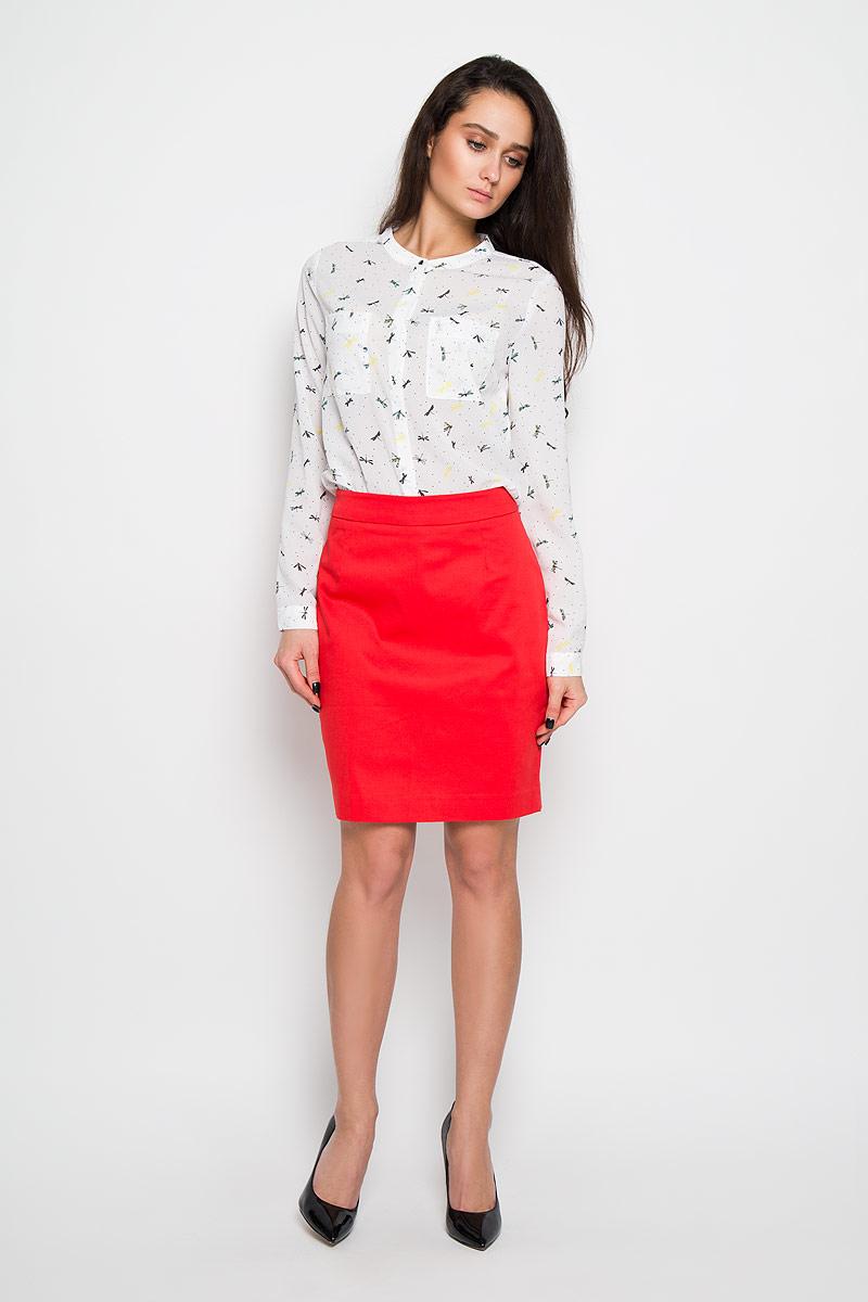 Блузка женская. B-112/909-6110B-112/909-6110Стильная женская блуза Sela, выполненная из 100% полиэстера, подчеркнет ваш уникальный стиль и поможет создать оригинальный женственный образ. Элегантная блузка с длинными рукавами и круглым вырезом горловины оформлена оригинальным принтом с изображением стрекоз. Модель дополнена двумя нагрудными кармашками. Манжеты рукавов блузки застегиваются на пуговицы. Такая блузка будет дарить вам комфорт в течение жаркого летнего дня и послужит замечательным дополнением к вашему гардеробу.