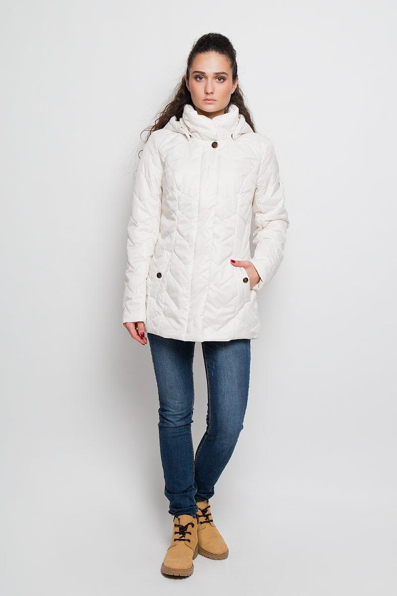 КурткаB16-11011Женская куртка Finn Flare отлично подойдет для прохладной погоды. Модель прямого кроя, с воротником-стойкой застегивается на застежку-молнию и дополнительно клапаном на кнопки. Капюшон оснащен кулиской со стопперами, пристегивается на кнопки. Куртка выполнена из полиэстера с утеплителем. Изделие дополнено двумя врезными карманами на кнопках. Эта модная куртка послужит отличным дополнением к вашему гардеробу!