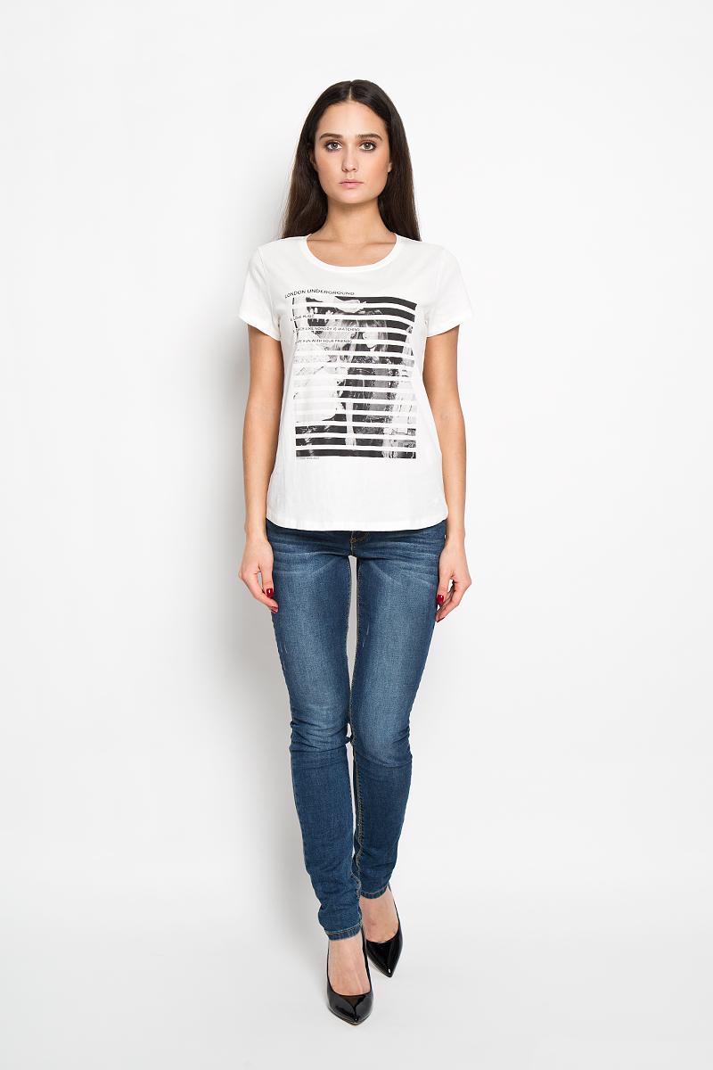 Футболка женская Denim. 1033700.01.711033700.01.71Стильная женская футболка Tom Tailor Denim, выполненная из 100% хлопка, будет отличным дополнением к вашему гардеробу. Модель с круглым вырезом горловины и короткими рукавами оформлена оригинальным принтом. Классический покрой, безукоризненное качество. Идеальный вариант для тех, кто ценит комфорт и качество.