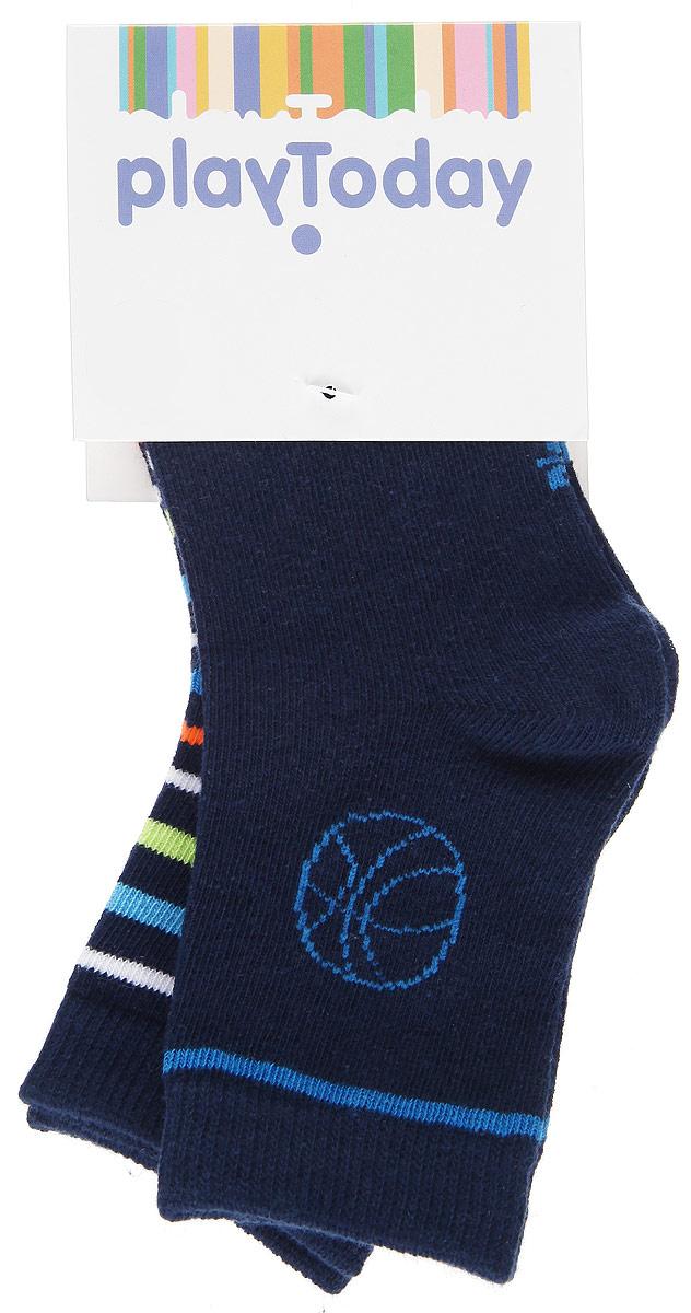 Носки для мальчика, 2 пары. 161034161034Носки для мальчика PlayToday, изготовленные из высококачественного материала, идеально подойдут вашему ребенку. Эластичная резинка плотно облегает ножку ребенка, не сдавливая ее, благодаря чему будет комфортно и удобно. Усиленная пятка и мысок обеспечивают надежность и долговечность. В комплект входят две пары носочков, одни из которых однотонные и оформлены небольшой вышивкой, а другие - цветными полосками.