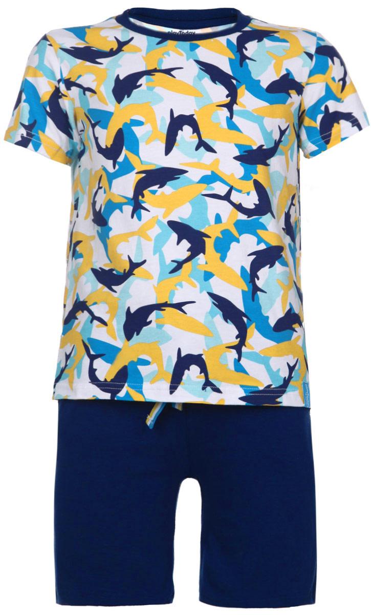 Комплект для мальчика: футболка, шорты. 165004165004Комплект для мальчика PlayToday, состоящий из футболки и шорт, идеально подойдет вашему ребенку. Изготовленный из эластичного хлопка, он необычайно мягкий и приятный на ощупь, не сковывает движения и позволяет коже дышать, не раздражает даже самую нежную и чувствительную кожу ребенка, обеспечивая ему наибольший комфорт. Футболка с короткими рукавами и круглым вырезом горловины оформлена хаотичным принтом с изображением рыб. Вырез горловины дополнен трикотажной эластичной резинкой. Шортики на талии имеют широкую эластичную резинку с контрастным затягивающимся шнурком, благодаря чему они не сдавливают живот ребенка и не сползают. Шорты украшены имитацией ширинки, а по бокам предусмотрены функциональные прорезные карманы. Оригинальный дизайн и модная расцветка делают этот комплект незаменимым предметом детского гардероба. В нем вашему маленькому мужчине будет комфортно и уютно, и он всегда будет в центре внимания!