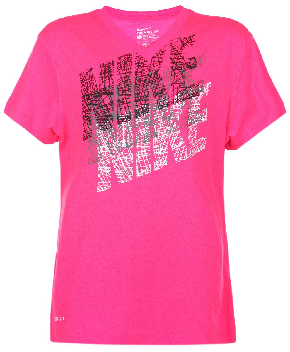 Футболка для девочки Leg Tracer776536-639Удобная и практичная футболка для девочки Nike идеально подойдет вашей малышке. Изготовленная из 100% полиэстера, она невероятно мягкая и приятная на ощупь, великолепно тянется и отводит влагу от тела, благодаря чему идеально подойдет для занятий спортом. Футболка с короткими рукавами и V-образным вырезом горловины оформлена стилизованной надписью Nike. Оригинальный современный дизайн и модная расцветка делают эту футболку модным и стильным предметом детского гардероба. В ней ваша маленькая спортсменка будет чувствовать себя уютно и комфортно, и всегда будет в центре внимания!