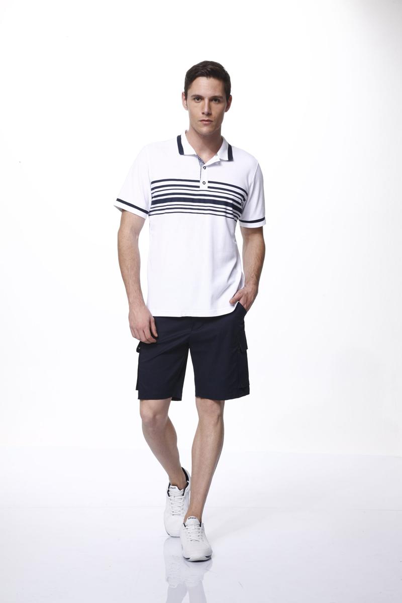Комплект мужской: футболка-поло, шорты. 3544335443Комплект мужской одежды Relax Mode, состоящий из футболки-поло и шорт, станет отличным дополнением к вашему гардеробу. Комплект выполнен из эластичного хлопка, мягкий и приятный на ощупь, не сковывает движения и позволяет коже дышать, обеспечивая комфорт. Футболка с отложным воротником и короткими рукавами застегивается сверху на три пуговицы. Воротник и края рукавов дополнены трикотажной резинкой с контрастной полосой. Модель оформлена спереди принтом в полоску. Шорты с эластичной резинкой на талии застегиваются на металлические пуговицы и имеют ширинку на застежке-молнии, а также шлевки для ремня. Спереди расположены два втачных кармана, по бокам - два накладных кармана с клапанами на пуговицах. Стильный комплект одежды подарит вам удобство и комфорт, подчеркнет вашу индивидуальность.