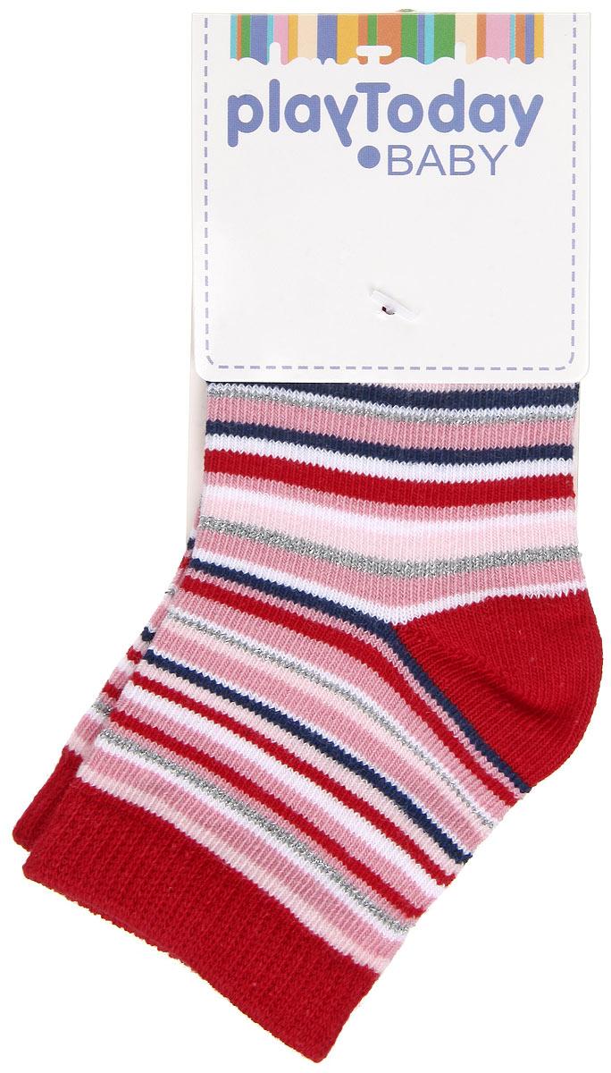 Носки для девочки. 168037168037Стильные носки для девочки PlayToday Baby, изготовленные из высококачественного эластичного хлопка с добавлением нейлона, идеально подойдут вашей малышке. Такие носки превосходно тянутся, пропускают воздух и позволяют коже дышать, а нейлон в составе обеспечивает дополнительную прочность и износостойкость. Эластичная резинка плотно облегает ножку ребенка, не сдавливая ее, благодаря чему малышке будет комфортно и удобно. Усиленная пятка и мысок обеспечивают надежность и долговечность. Носки оформлены стильным принтом в полоску. Уважаемые клиенты! Размер, доступный для заказа, является длиной стопы.