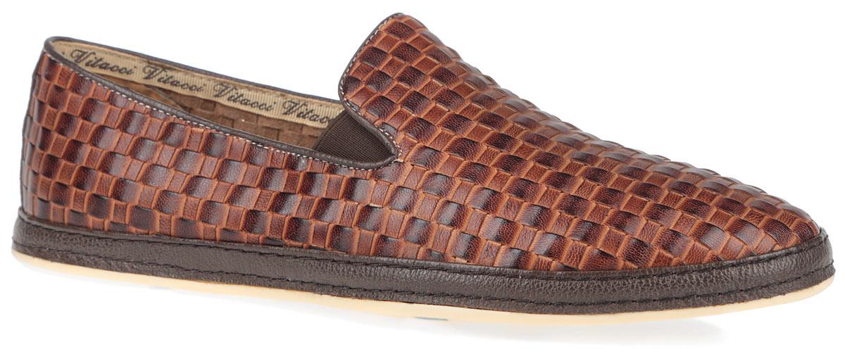 Туфли мужские. M25037M25037Трендовые мужские туфли Vitacci займут достойное место в вашем гардеробе. Модель изготовлена из высококачественной натуральной кожи и оформлена декоративным плетением. Резинки, расположенные на подъеме, гарантируют оптимальную посадку модели на ноге. Стелька из материала EVA с внешней поверхностью из натуральной кожи комфортна при движении. Передняя часть стельки дополнена рельефной поверхностью, которая обладает массажным эффектом. Подкладка из натуральной кожи обеспечивает дополнительный комфорт и предотвращает натирание. Задник дополнен наружным ремешком. Подошва оснащена рифлением для лучшей сцепки с поверхностью. Стильные туфли не оставят равнодушным ни одного мужчину.
