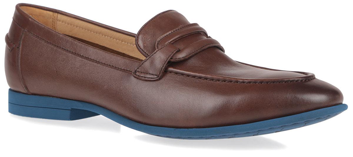 Туфли мужские. M2344M23440Стильные мужские туфли от Vitacci внесут элегантные нотки в модный образ. Модель изготовлена из натуральной кожи и оформлена декоративным ремешком, внешним швом на мысе и на заднике. Подкладка и стелька из натуральной кожи комфортны при ходьбе. Каблук и подошва из термополиуретана обеспечат надежное сцепление с любой поверхностью. Изысканные туфли не оставят равнодушным ни одного мужчину.