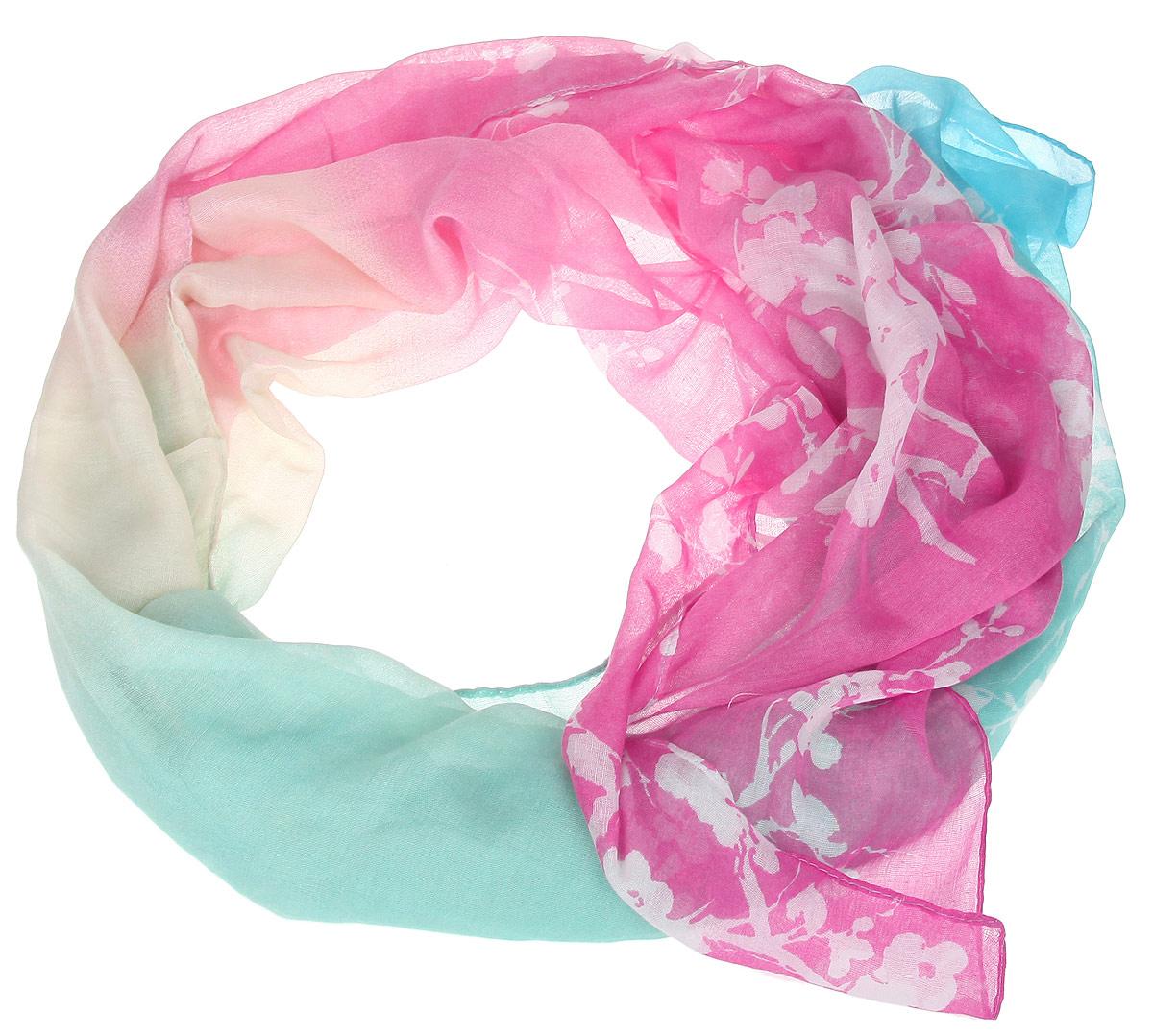 Шарф женский. B16-11409B16-11409Модный женский шарф Finn Flare подарит вам уют и станет стильным аксессуаром, который призван подчеркнуть вашу индивидуальность и женственность. Тонкий шарф выполнен из высококачественной вискозы, он невероятно мягкий и приятный на ощупь. Шарф оформлен изысканным цветочным принтом. Этот модный аксессуар гармонично дополнит образ современной женщины, следящей за своим имиджем и стремящейся всегда оставаться стильной и элегантной. Такой шарф украсит любой наряд и согреет вас в непогоду, с ним вы всегда будете выглядеть изысканно и оригинально.