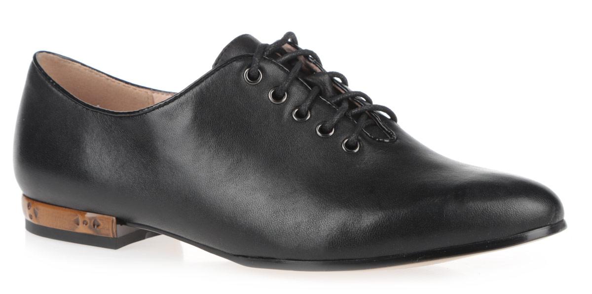 Туфли женские. 59900-0059900-00Стильные женские туфли от Provocante - отличный вариант на каждый день. Модель выполнена из натуральной кожи. Верх изделия оформлен оригинальной шнуровкой, которая надежно фиксирует модель на ноге. Низкий широкий каблук оформлен оригинальной вставкой. Подкладка и стелька из натуральной кожи обеспечивают максимальный комфорт при ходьбе. Модные туфли займут достойное место среди вашей коллекции обуви.