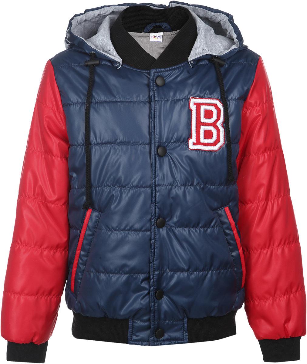 Куртка для мальчика. 6358463584_BOB_вар.1Стильная куртка для мальчика Boom! идеально подойдет вашему ребенку в прохладную погоду. Модель изготовлена из водонепроницаемой и ветрозащитной ткани, на подкладке из полиэстера с добавлением вискозы. В качестве утеплителя используется 100% полиэстер, благодаря чему она необычайно мягкая и приятная на ощупь, не сковывает движения и позволяет коже дышать, не раздражает даже самую нежную и чувствительную кожу ребенка, обеспечивая ему наибольший комфорт. Куртка с капюшоном застегивается на пластиковую застежку-молнию и дополнительно сверху на кнопки. Капюшон пристегивается с помощью пуговиц и по краю дополнен шнурочком со стопперами. Вырез горловины дополнен трикотажной эластичной резинкой. Рукава имеют широкие эластичные манжеты. Спереди предусмотрены два прорезных кармашка. Понизу проходит широкая трикотажная резинка. Оформлена куртка крупной нашивкой в виде логотипа бренда. Отделка рукавов придает эффект 2 в 1. На изделии предусмотрены светоотражающие элементы для...