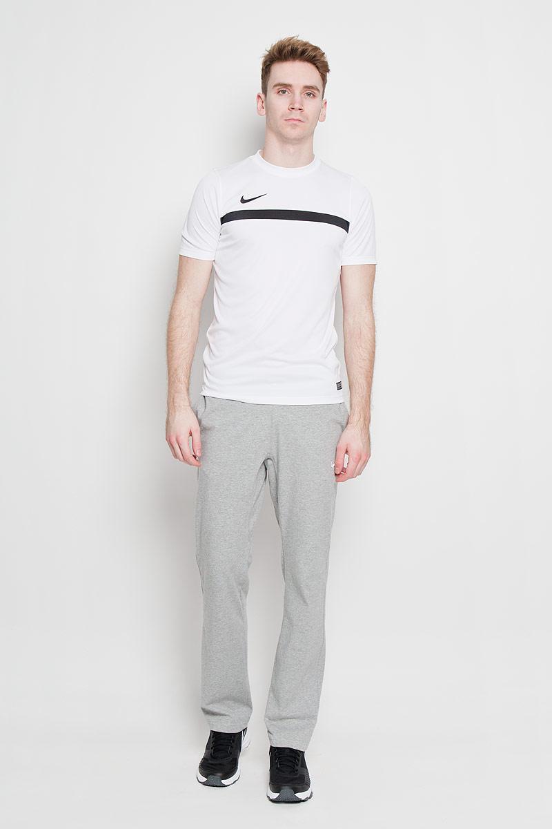 651379_012Превосходная мужская футболка Nike Academy SS Training Top 1, выполненная из комфортного материала с функцией отвода влаги и защиты от УФ-излучения, приятная на ощупь, не сковывает движения. Система Dri-FIT поддерживает кожу сухой и сохраняет ощущение комфорта. Сетчатая ткань обеспечивает превосходную воздухопроницаемость. Модель прямого кроя с комфортными плоскими швами, круглым вырезом горловины и короткими рукавами, спереди дополнена фирменным вышитым логотипом бренда. Отличный вариант как для занятий спортом, так и для повседневного использования.
