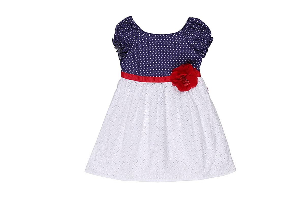 Платье для девочки. 195219195219Стильное платье для девочки Sweet Berry станет отличным дополнением к детскому гардеробу. Изготовленное из эластичного хлопка, оно необычайно мягкое и приятное на ощупь, не сковывает движения и позволяет коже дышать, не раздражает даже самую нежную и чувствительную кожу ребенка, обеспечивая ему наибольший комфорт. Подкладка выполнена из натурального хлопка. Платье с квадратным вырезом горловины и присборенными по окату рукавами-реглан застегивается на спинке на металлические кнопки. Верхняя часть изделия оформлена принтом горох, нижняя часть - хлопковое шитье. Платье дополнено нашитым поясом из репсовой ленты, декорированным текстильным цветком. Современный дизайн и актуальная расцветка делают это платье модным и стильным предметом детского гардероба. В нем ваша принцесса будет чувствовать себя уютно и комфортно и всегда будет в центре внимания!