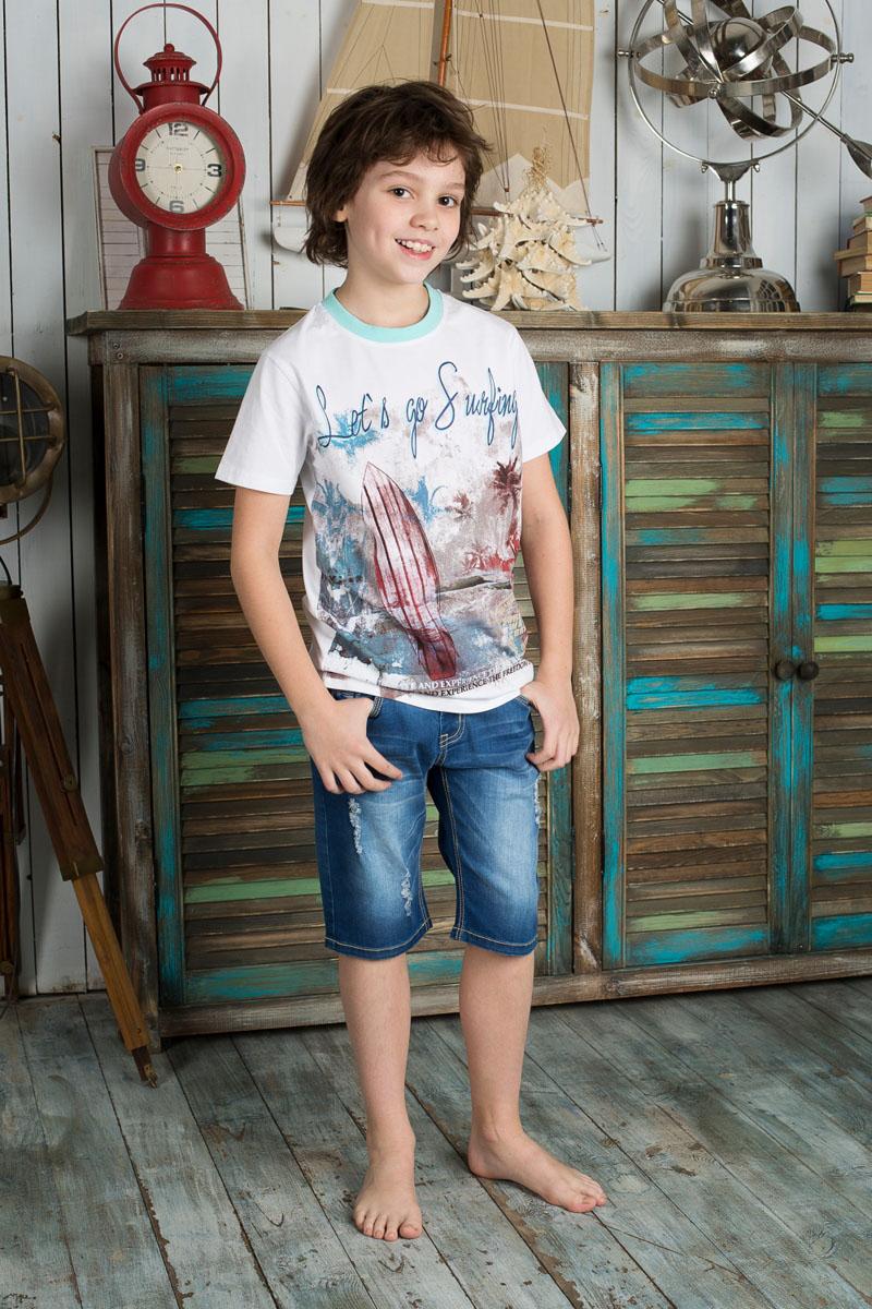 Бриджи для мальчика. 196731196731Стильные джинсовые бриджи для мальчика Luminoso прекрасно подойдут вашему ребенку и станут отличным дополнением к летнему гардеробу. Изготовленные из эластичного хлопка, они мягкие и приятные на ощупь, не сковывают движения и позволяют коже дышать. Бриджи на поясе застегиваются на металлическую пуговицу и имеют шлевки для ремня и ширинку на металлической застежке-молнии. При необходимости пояс можно утянуть скрытой резинкой на пуговицах. Спереди они дополнены двумя втачными карманами и накладным кармашком, а сзади - двумя накладными карманами. Оформлена модель оригинальной прострочкой, эффектом потертости, перманентными складками и рваным эффектом. В таких бриджах ваш ребенок будет чувствовать себя комфортно, уютно и всегда будет в центре внимания!