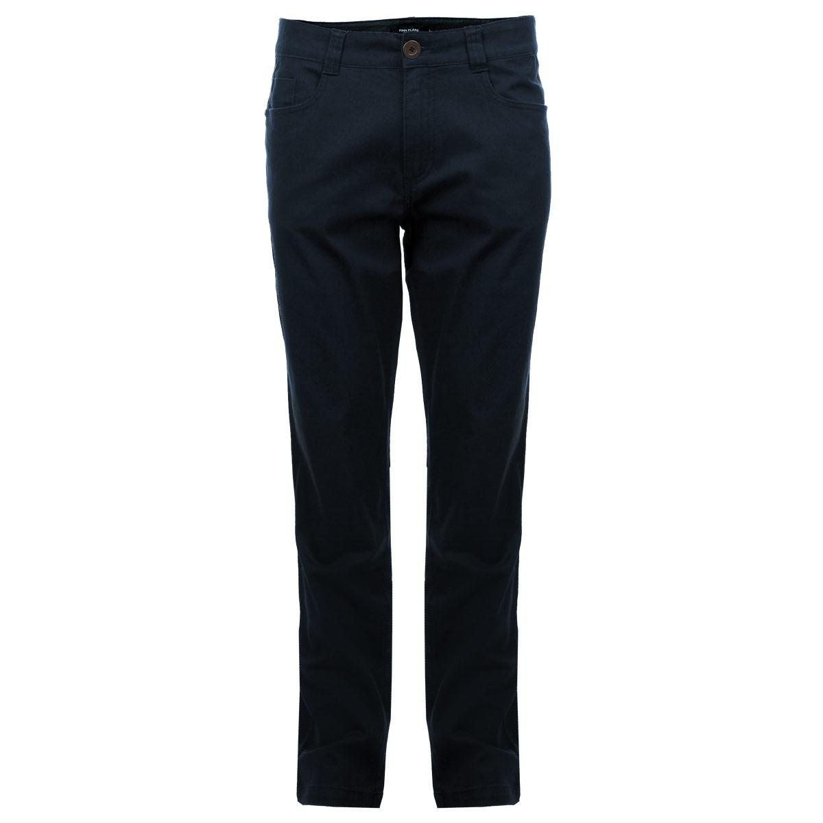Брюки мужские. B15-22016B15-22016 613Стильные мужские брюки Finn Flare высочайшего качества, подходят большинству мужчин. Модель прямого кроя и средней посадки станет отличным дополнением к вашему современному образу. Брюки выполнены из плотного хлопкового материала. На поясе модель застегивается на пуговицу и имеет ширинку на застежке-молнии, также имеются шлевки для ремня. Спереди модель оформлена двумя втачными карманами и небольшим секретным кармашком, а сзади - двумя накладными карманами. Эти модные и в тоже время комфортные брюки послужат отличным дополнением к вашему гардеробу. В них вы всегда будете чувствовать себя уютно и комфортно.