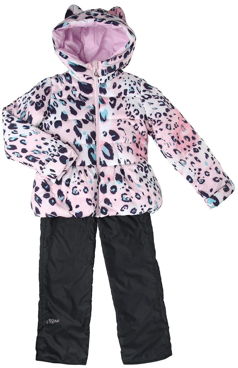 Комплект для девочки: куртка, брюки. 63620_BOG63620_BOG_вариант 2Комплект для девочки Boom! станет ярким и стильным дополнением к детскому гардеробу. Комплект состоит из куртки и брюк, изготовленных из водонепроницаемой и ветрозащитной ткани. Материал приятный на ощупь, позволяет коже дышать, легко стирается, быстро сушится. Подкладка изделия выполнена из полиэстера и вискозы. В качестве наполнителя используется синтепон, который максимально сохраняет тепло. Куртка с капюшоном застегивается на пластиковую застежку-молнию с защитой подбородка. Капюшон не отстегивается, украшен декоративными ушками. Рукава дополнены манжетами-отворотами, позволяющими регулировать длину модели. Спереди расположены два втачных кармана. Изделие оформлено леопардовым принтом по всей поверхности. Брюки прямого кроя на талии имеют широкую эластичную резинку, которая дополнительно регулируется скрытым шнурком. Модель дополнена двумя прорезными кармашками. Подкладка изделия выполнена из теплого мягкого флиса. Длину брюк можно регулировать при...