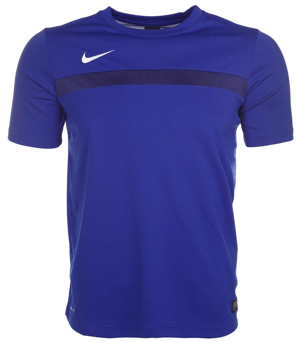 Футболка для мальчика Academy. 651396-480651396-480Превосходная футболка для мальчика Nike Academy, выполненная из комфортного материала с функцией отвода влаги и защиты от УФ-излучения, приятная на ощупь, не сковывает движения. Система Dri-FIT поддерживает кожу сухой и сохраняет ощущение комфорта. Сетчатая ткань обеспечивает превосходную воздухопроницаемость. Модель прямого кроя с комфортными плоскими швами, круглым вырезом горловины и короткими рукавами, спереди дополнена фирменным вышитым логотипом бренда. Отличный вариант для занятий спортом.