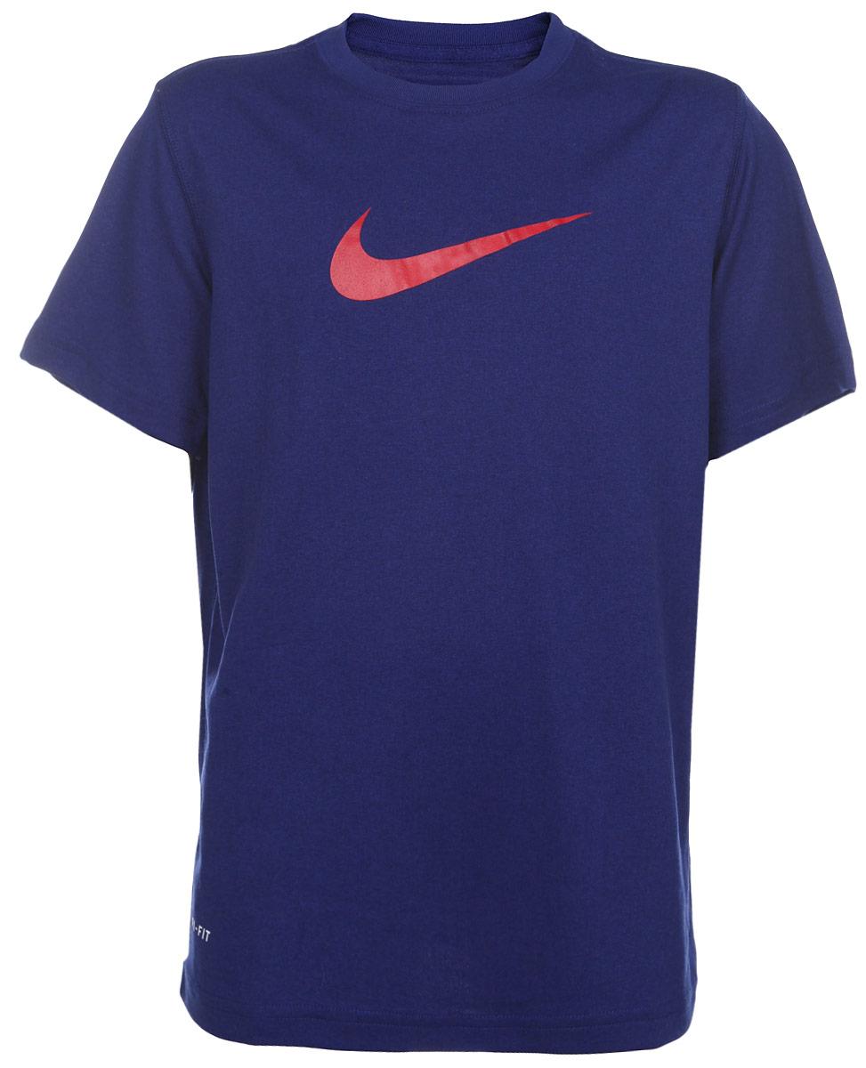 Футболка380969-462Стильная тренировочная футболка для мальчика Nike Legend, выполненная из легкой ткани Dri-FIT с функцией отвода влаги, приятная на ощупь, не сковывает движения. Система Dri-FIT поддерживает кожу сухой и сохраняет ощущение комфорта. Модель прямого кроя с комфортными плоскими швами, круглым вырезом горловины и короткими рукавами, спереди дополнена фирменным логотипом бренда. Отличный вариант для занятий спортом.