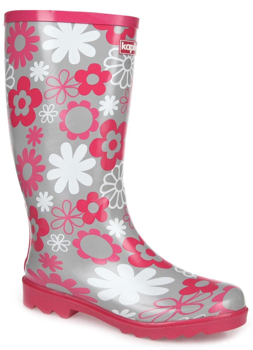 Сапоги резиновые для девочки. 550т550тУтепленные резиновые сапоги от Kapika - идеальная обувь в дождливую погоду. Сапоги выполнены из резины и оформлены цветочным принтом. Внутренняя поверхность из мягкого текстиля с содержанием хлопка (80%) не даст ногам замерзнуть. Съемная стелька из текстиля комфортна при ходьбе. Рельефная поверхность подошвы гарантирует отличное сцепление с любой поверхностью. Резиновые сапоги прекрасно защитят ноги вашего ребенка от промокания в дождливый день.