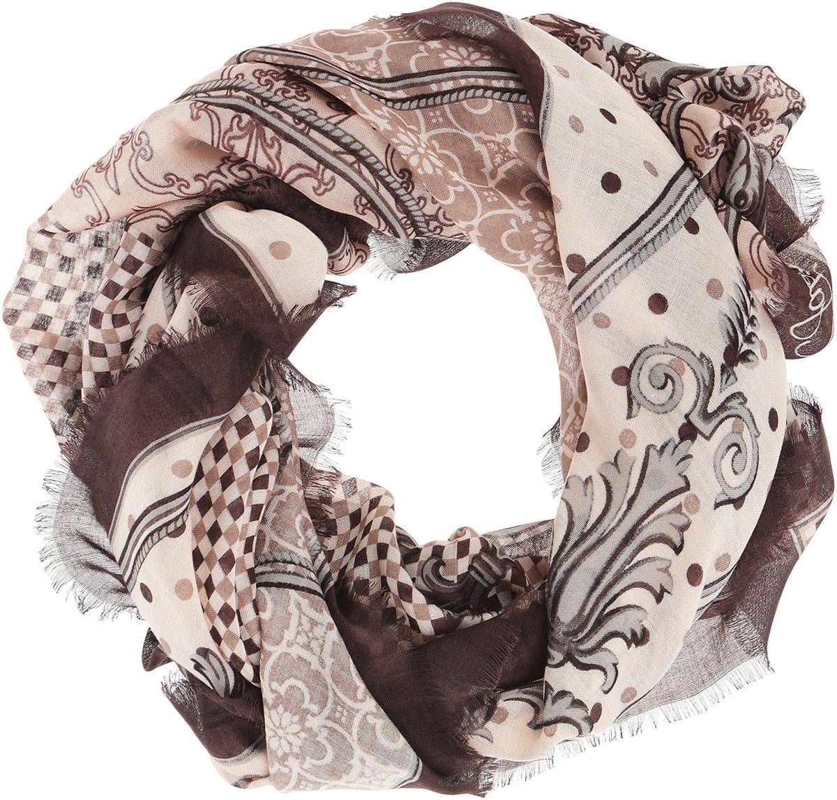 Платок женский. DS2015-003DS2015-003-11Стильный женский платок Fabretti станет великолепным завершением любого наряда. Платок изготовлен из высококачественного модала с добавлением вискозы и оформлен принтом в мелкую клетку с цветочными орнаментами. Классическая квадратная форма позволяет носить платок на шее, украшать им прическу или декорировать сумочку. Мягкий и шелковистый платок поможет вам создать изысканный женственный образ, а также согреет в непогоду. Такой платок превосходно дополнит любой наряд и подчеркнет ваш неповторимый вкус и элегантность.