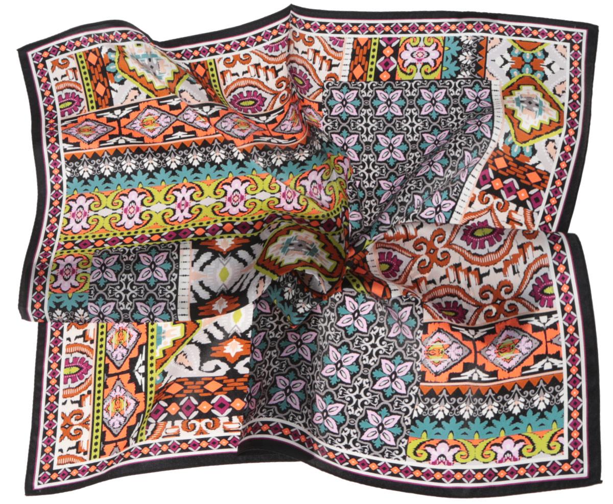ПлатокCX1516-66-11Стильный женский платок Fabretti станет великолепным завершением любого наряда. Платок изготовлен из высококачественного шелка и оформлен сложным красочным орнаментом. Классическая квадратная форма позволяет носить платок на шее, украшать им прическу или декорировать сумочку. Мягкий и шелковистый платок поможет вам создать изысканный женственный образ, а также согреет в непогоду. Такой платок превосходно дополнит любой наряд и подчеркнет ваш неповторимый вкус и элегантность.
