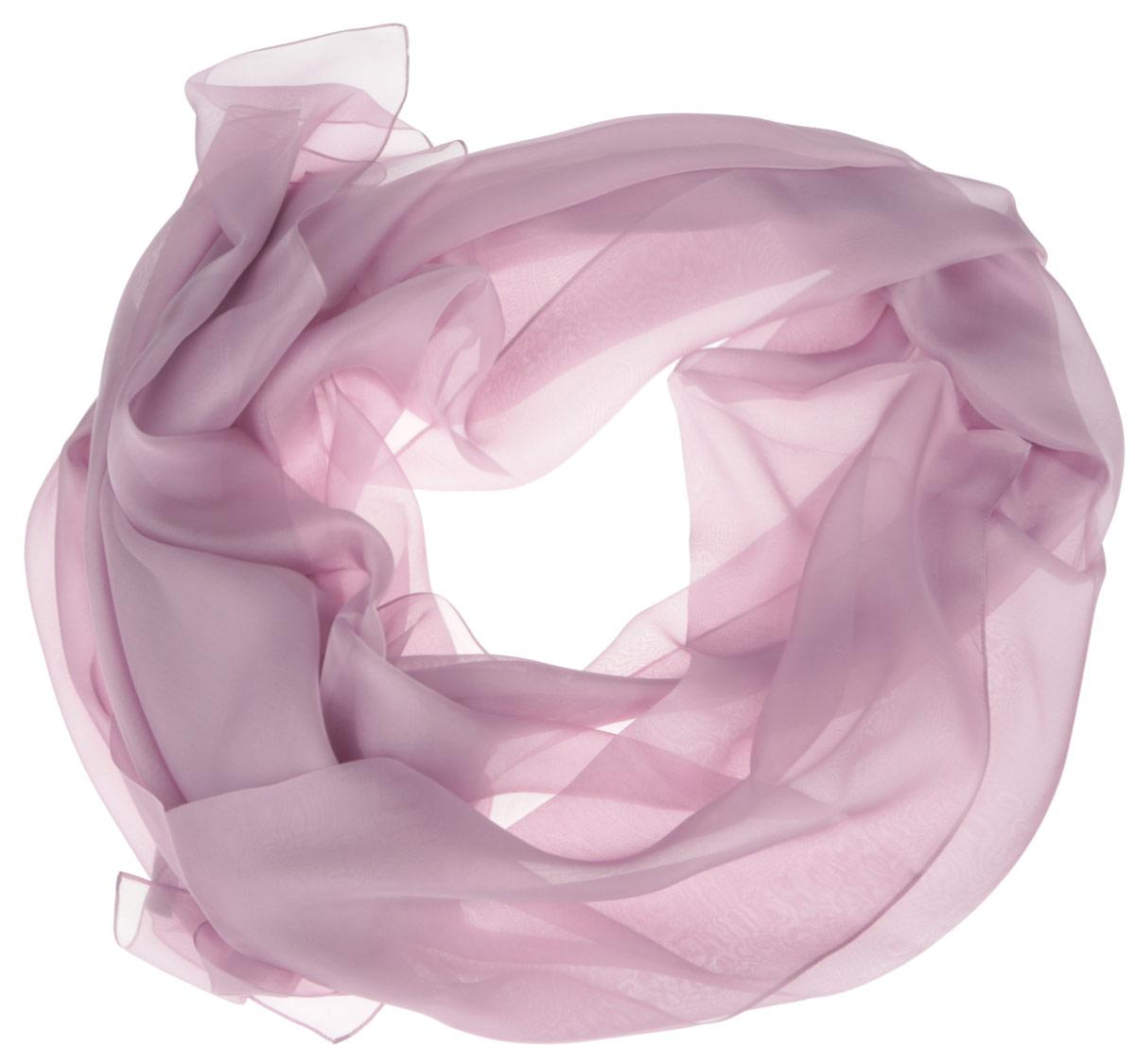 ШарфCX1516-61-16Стильный женский платок Fabretti станет великолепным завершением любого наряда. Платок изготовлен из высококачественного шелка. Вы сможете сочетать этот оригинальный однотонный платок с любыми нарядами. Классическая квадратная форма позволяет носить платок на шее, украшать им прическу или декорировать сумочку. Мягкий и шелковистый платок поможет вам создать изысканный женственный образ, а также согреет в непогоду. Такой платок превосходно дополнит любой наряд и подчеркнет ваш неповторимый вкус и элегантность.