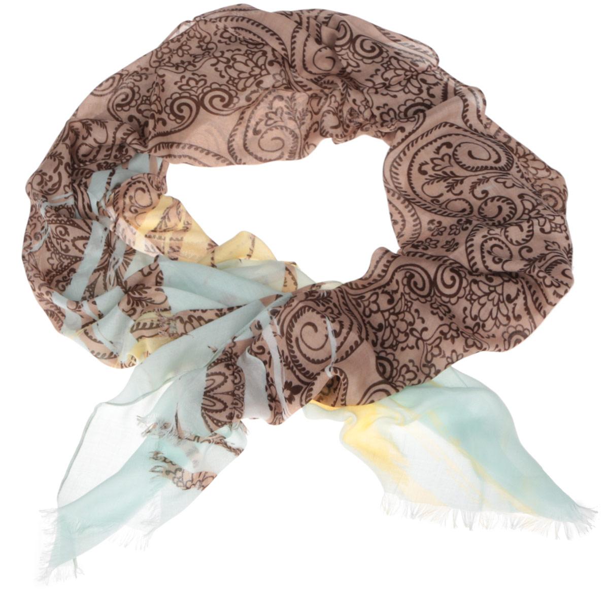 ШарфDS2015-001-2Модный женский шарф Fabretti подарит вам уют и станет стильным аксессуаром, который призван подчеркнуть вашу индивидуальность и женственность. Тонкий шарф выполнен из высококачественного модала с добавлением вискозы, он невероятно мягкий и приятный на ощупь. Шарф оформлен принтом с оригинальным цветочным орнаментом. Этот модный аксессуар гармонично дополнит образ современной женщины, следящей за своим имиджем и стремящейся всегда оставаться стильной и элегантной. Такой шарф украсит любой наряд и согреет вас в непогоду, с ним вы всегда будете выглядеть изысканно и оригинально.