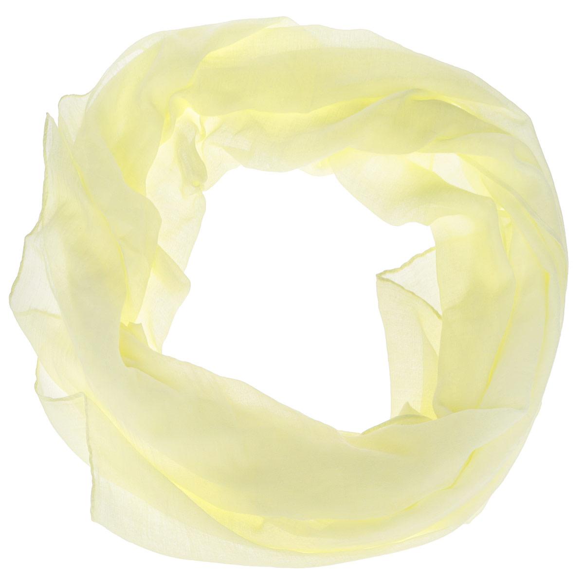 ШарфOT2016-2Модный женский шарф Fabretti подарит вам уют и станет стильным аксессуаром, который призван подчеркнуть вашу индивидуальность и женственность. Тонкий шарф выполнен из высококачественной 100% вискозы, он невероятно мягкий и приятный на ощупь. Однотонный шарф будет великолепно сочетаться с любыми нарядами. Этот модный аксессуар гармонично дополнит образ современной женщины, следящей за своим имиджем и стремящейся всегда оставаться стильной и элегантной. Такой шарф украсит любой наряд и согреет вас в непогоду, с ним вы всегда будете выглядеть изысканно и оригинально.