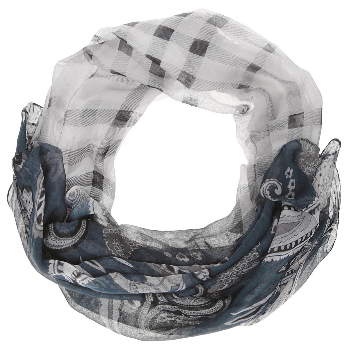 Шарф женский. JH191JH191-6Модный женский шарф Fabretti подарит вам уют и станет стильным аксессуаром, который призван подчеркнуть вашу индивидуальность и женственность. Тонкий шарф выполнен из высококачественной 100% вискозы, он невероятно мягкий и приятный на ощупь. Шарф оформлен принтом с изображением оригинальных этнических орнаментов. Этот модный аксессуар гармонично дополнит образ современной женщины, следящей за своим имиджем и стремящейся всегда оставаться стильной и элегантной. Такой шарф украсит любой наряд и согреет вас в непогоду, с ним вы всегда будете выглядеть изысканно и оригинально.