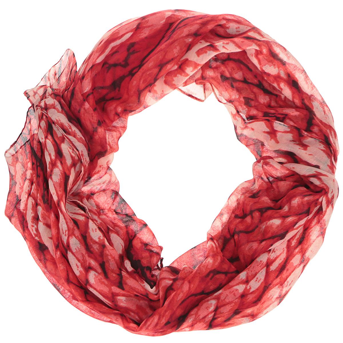 ШарфSR12677-2Модный женский шарф Fabretti подарит вам уют и станет стильным аксессуаром, который призван подчеркнуть вашу индивидуальность и женственность. Тонкий шарф выполнен из высококачественной 100% вискозы, он невероятно мягкий и приятный на ощупь. Шарф украшен принтом с изображением крупных плетеных жгутов. Этот модный аксессуар гармонично дополнит образ современной женщины, следящей за своим имиджем и стремящейся всегда оставаться стильной и элегантной. Такой шарф украсит любой наряд и согреет вас в непогоду, с ним вы всегда будете выглядеть изысканно и оригинально.
