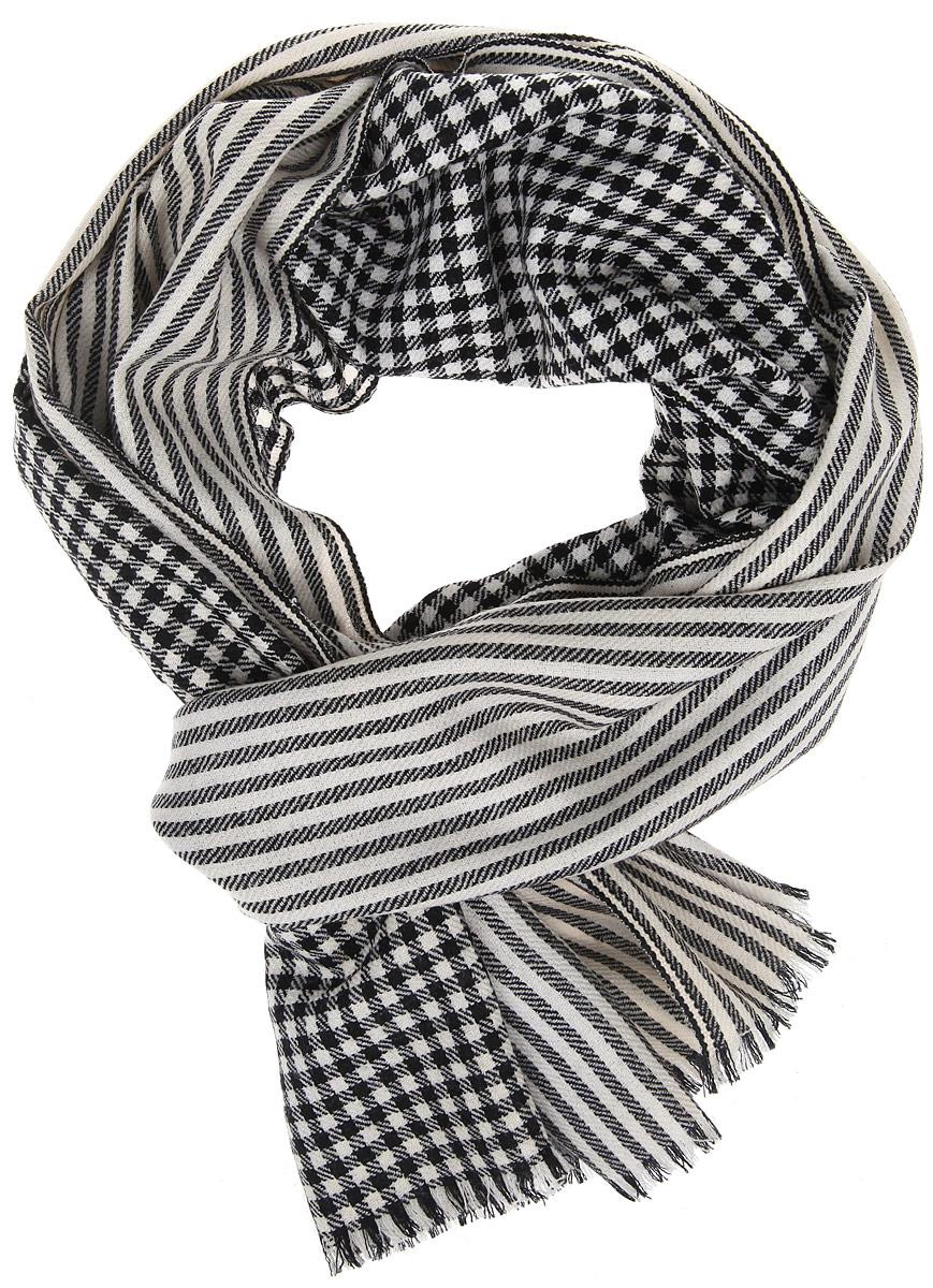 Шарф80S-8B-WhiteМужской шарф Fabretti, выполненный из шерсти, отлично подойдет для повседневной носки. Материал шарфа очень легкий, мягкий и приятный на ощупь. Модель сочетает в себе два вида принта - в клетку и в полоску. Изделие по краям декорировано бахромой. Современный дизайн и расцветка делают этот шарф модным и стильным мужским аксессуаром. Он подарит вам ощущение комфорта и уюта.