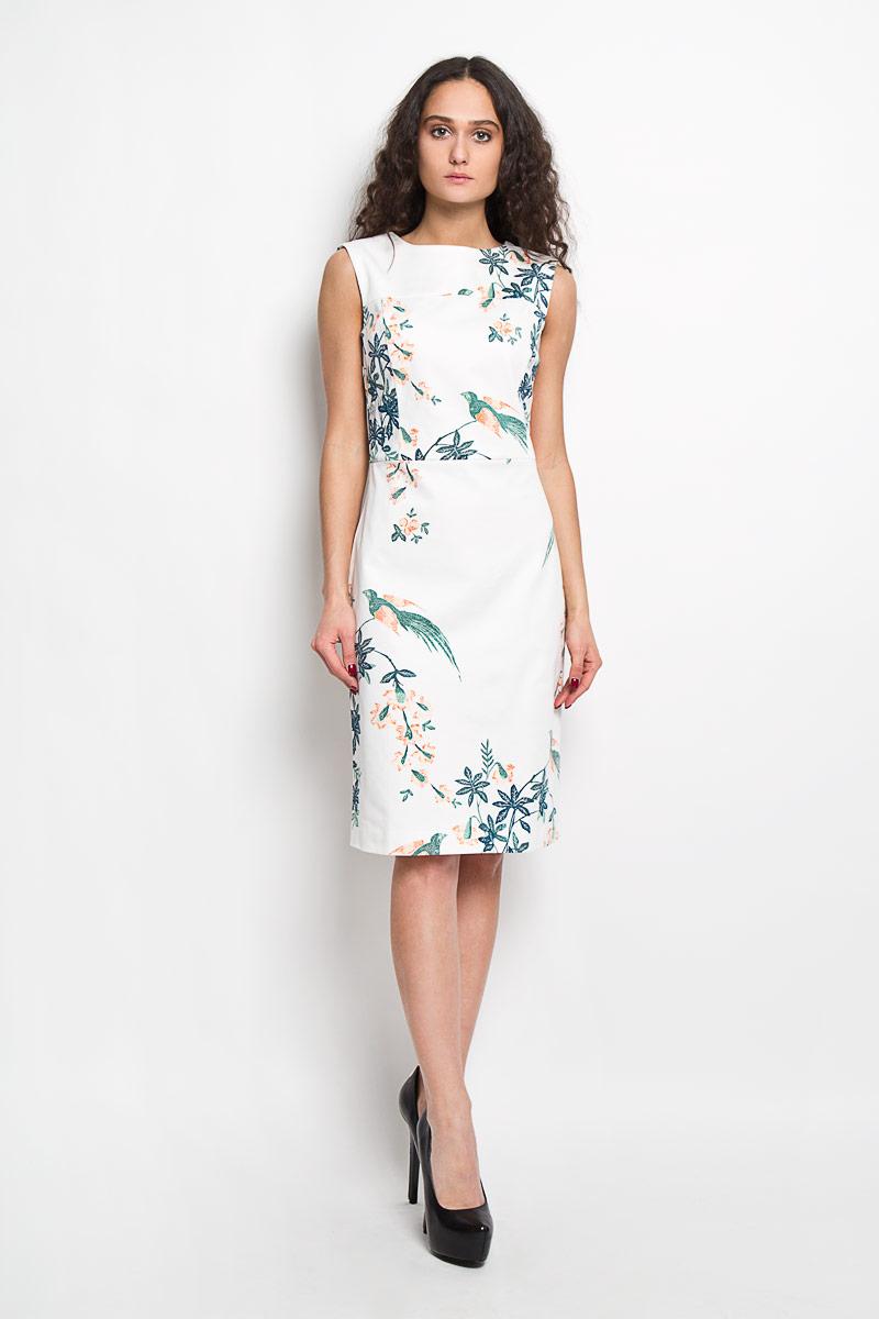ПлатьеB455040Элегантное платье Baon выполнено из высококачественного эластичного хлопка . Такое платье обеспечит вам комфорт и удобство при носке. Модель без рукавов, с круглым вырезом горловины выгодно подчеркнет все достоинства вашей фигуры благодаря приталенному силуэту. Платье-миди застегивается на застежку-молнию на спинке. Изделие украшено крупным принтом с изображением цветов и птиц. Изысканное платье-миди создаст обворожительный и неповторимый образ. Это модное и удобное платье станет превосходным дополнением к вашему гардеробу, оно подарит вам удобство и поможет вам подчеркнуть свой вкус и неповторимый стиль.