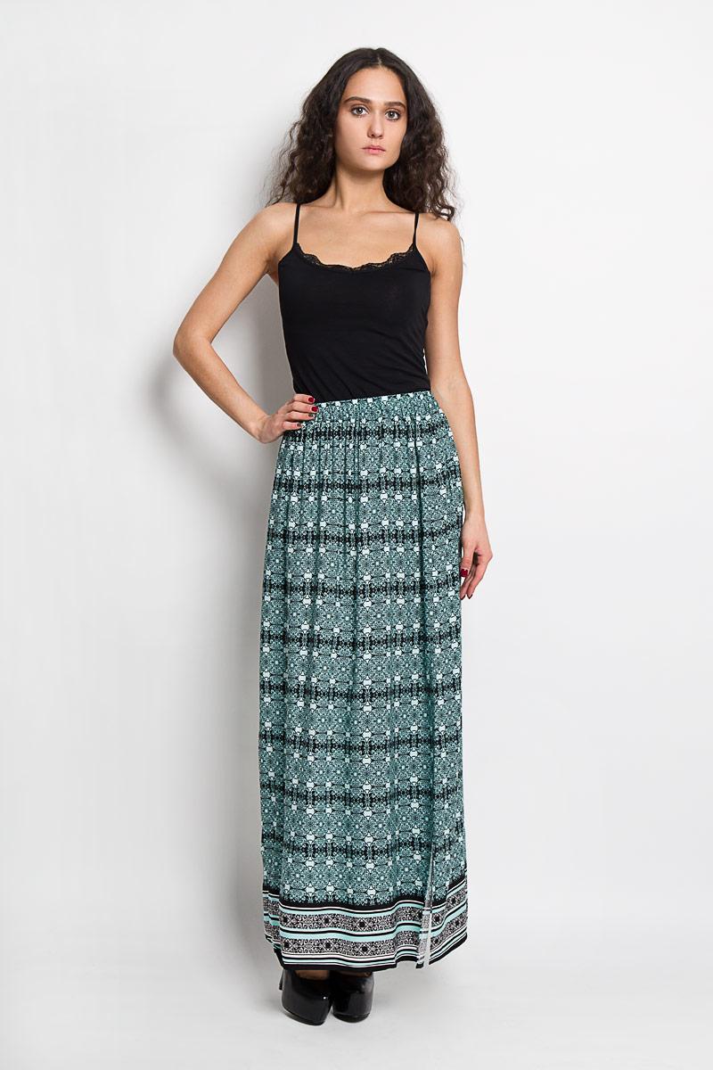 ЮбкаB476021Эффектная юбка Baon выполнена из высококачественной вискозы, она обеспечит вам комфорт и удобство при носке. Элегантная юбка-макси имеет широкую эластичную резинку на поясе. Модель оформлена изысканным контрастным орнаментом. Модная юбка-макси выгодно освежит и разнообразит ваш гардероб. Создайте женственный образ и подчеркните свою яркую индивидуальность! Классический фасон и оригинальное оформление этой юбки сделают ваш образ непревзойденным.