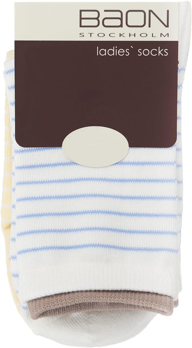 B396021_MILK-ANGEL BLUEЖенские носки Baon, выполненные из хлопка и полиэстера, очень мягкие и приятные на ощупь, позволяют коже дышать, обеспечивая комфорт. Модель выполнена с усиленной пяткой и мыском, что обеспечивает ее прочность и износостойкость. Края эластичных манжет украшены окантовкой контрастного цвета. Резинка плотно облегает ногу, не сдавливая ее, благодаря чему вам будет комфортно и удобно. В комплект входят две пары носков, оформленных принтом в полоску.