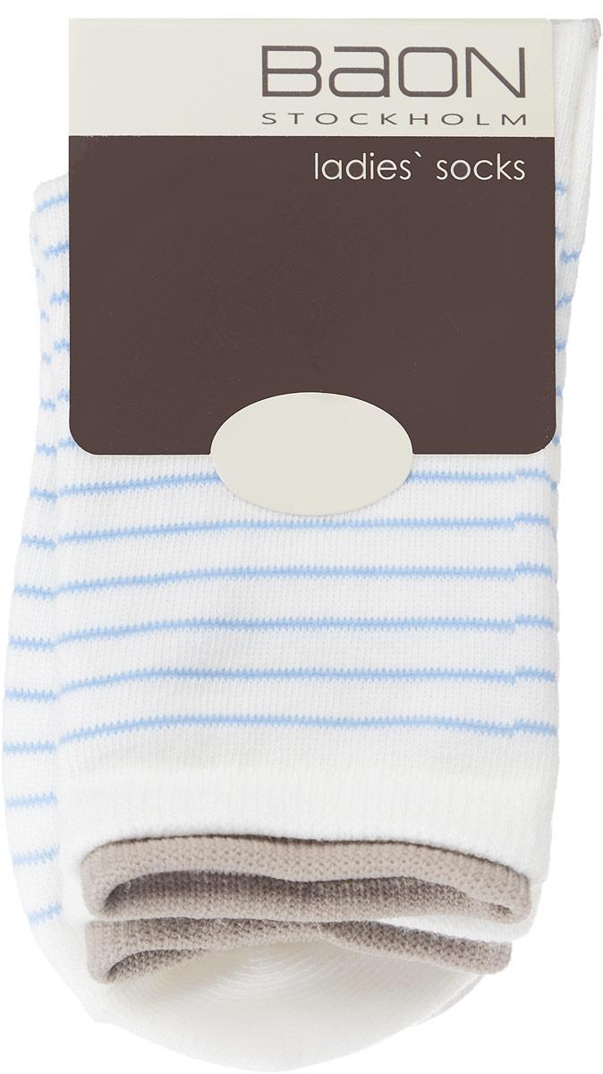 Носки женские, 2 пары. B396021B396021_MILK-ANGEL BLUEЖенские носки Baon, выполненные из хлопка и полиэстера, очень мягкие и приятные на ощупь, позволяют коже дышать, обеспечивая комфорт. Модель выполнена с усиленной пяткой и мыском, что обеспечивает ее прочность и износостойкость. Края эластичных манжет украшены окантовкой контрастного цвета. Резинка плотно облегает ногу, не сдавливая ее, благодаря чему вам будет комфортно и удобно. В комплект входят две пары носков, оформленных принтом в полоску.