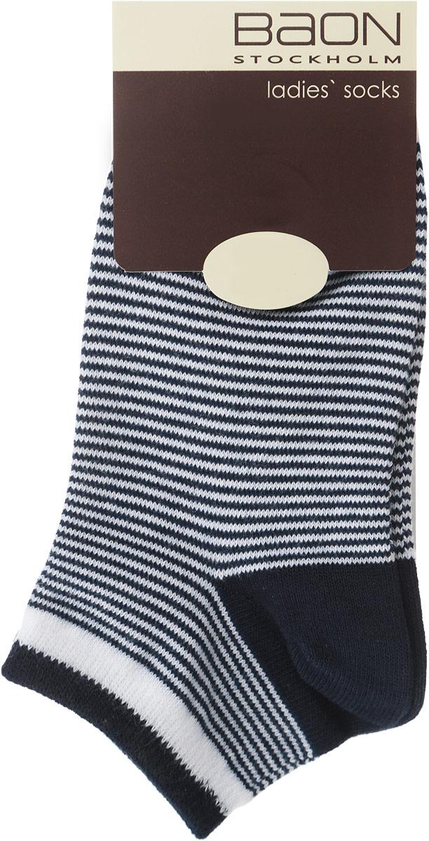 Носки женские. B396018B396018_COLD GREY MELANGE STRIPEDЖенские носки Baon, выполненные из хлопка и полиэстера, очень мягкие и приятные на ощупь, позволяют коже дышать, обеспечивая комфорт. Модель с укороченной манжетой выполнена с усиленной пяткой и мыском, что обеспечивает ее прочность и износостойкость. Резинка плотно облегает ногу, не сдавливая ее, благодаря чему вам будет комфортно и удобно. Изделие оформлено принтом в мелкую полоску.