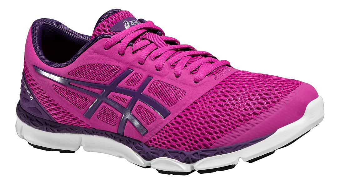 Кроссовки для бега женские 33-DFA 2. T672N-2133T672N-2133Кроссовки от Asics 33-DFA 2 - это обувь для естественного бега, которая максимально сближает вас с дорогой. Модель выполнена из текстиля и дополнена вставками из полимерного материала. Классическая шнуровка надежно зафиксирует изделие на ноге. По бокам обувь оформлена фирменным принтом и вставкой, на язычке - вставкой с названием бренда, на заднике - символикой бренда со светоотражающим элементом, который создает дополнительную видимость в темное время суток. Стелька изготовлена из ЭВА материала с верхним покрытием из текстиля. Подкладка из текстиля обеспечит комфорт и предотвратит натирание. Технология FluidAxis и исключительная гибкость заставят ваши ноги работать как никогда. Вы ощутите разницу, когда снова вернетесь к своим кроссовкам с амортизацией. Благодаря низкой средней подошве и утопленной на 4 мм вниз пятке ваши ноги будут ощущать весь рельеф земли, а мышцы будут работать с большей нагрузкой. Подошва из полимера и износостойкой резины AHAR+ с...