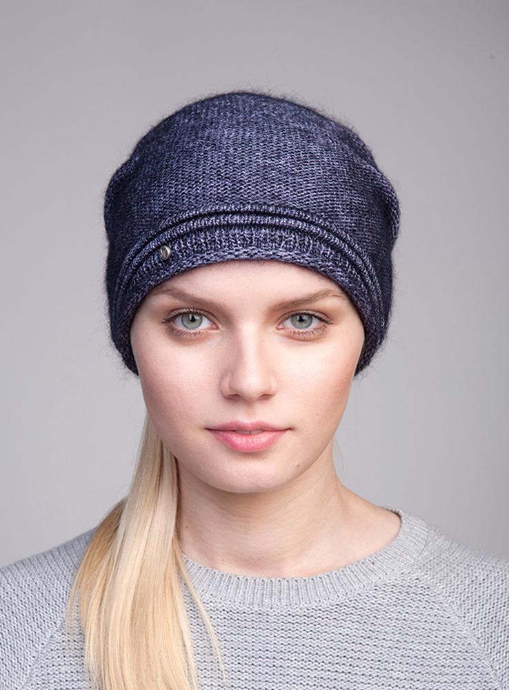 3444580Стильная женская шапка Canoe Divine отлично дополнит ваш образ в холодную погоду. Сочетание мохера, полиамида и вискозы максимально сохраняет тепло и обеспечивает удобную посадку. Удлиненная шапка с эффектом необработанного края украшена металлической эмблемой с логотипом производителя. Такая модель комфортна и приятна на ощупь, она великолепно подчеркнет ваш вкус. Такая шапка станет отличным дополнением к вашему осеннему или зимнему гардеробу, в ней вам будет уютно и тепло!