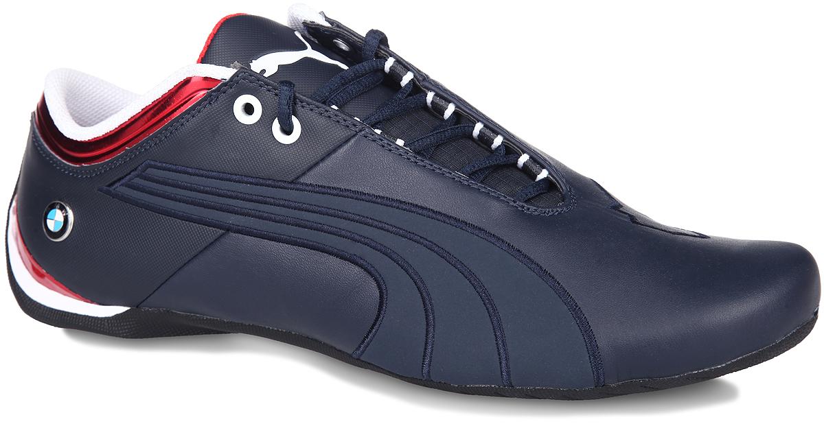 Кроссовки мужские BMW MS Future Cat M1. 3010230102Мужские кроссовки BMW MS Future Cat M1 от Puma выводит классическую обувь автогонщика на новый уровень, делая её еще более привлекательной для всех любителей автоспорта. При этом фирменная ассиметричная застежка и закругленный каблук остаются неизменными, как и графическая эмблема с логотипом Puma в средней части, но также они дополняются разнообразной символикой BMW, подчеркивающей особое место данной модели в серии PUMA Автоспорт. Верх выполнен из натуральной кожи со вставками из резины и ПВХ. Подкладка из текстильного сетчатого материала гарантирует максимальный комфорт. Стелька из ЭВА с текстильной поверхностью удобна при беге. Шнуровка надежно фиксирует модель на ноге. Подошва с рифлением обеспечивает надежное сцепление с любой поверхностью. В таких кроссовках вашим ногам будет комфортно и уютно. Они подчеркнут ваш стиль и индивидуальность!