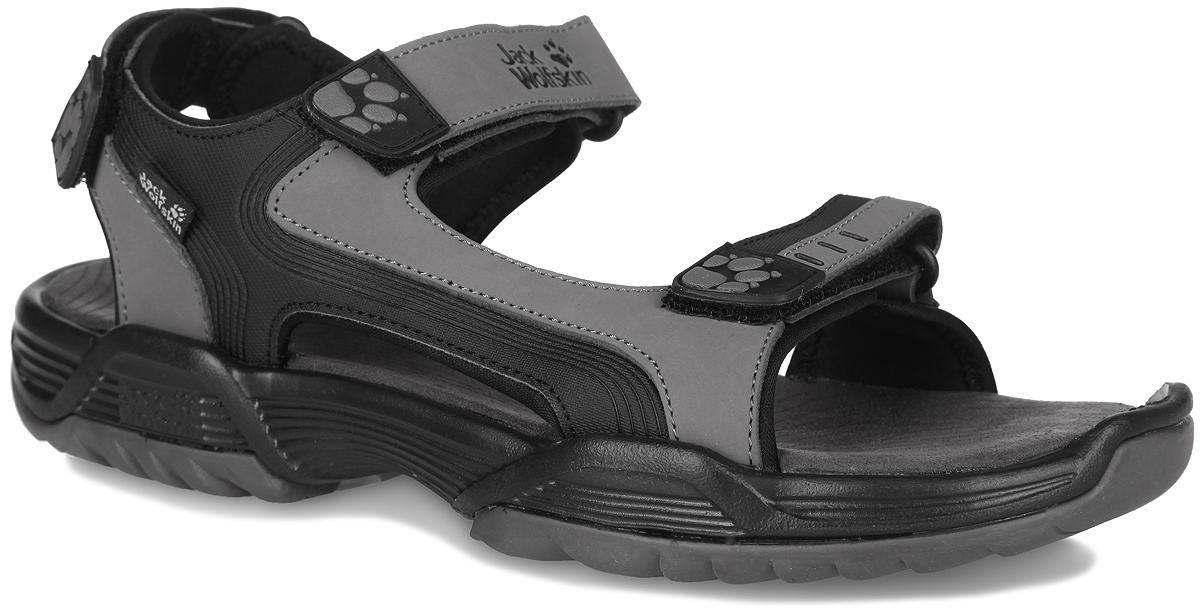 Сандалии мужские Habana Sandal. 40190014019001-5200Прочные, пригодные для путешествий мужские сандалии Jack Wolfskin Habana Sandal выполнены из комбинации натурального нубука, полиуретана и текстиля. Модель фиксируются благодаря ремешкам на застежке-липучке, регулирующим нужный объем. Подкладка, исполненная из неопрена, обеспечит комфорт. Стелька, которая идеально подстраивается под анатомические контуры стопы, изготовлена из мягкого микроволокна. В области пятки сандалии оснащены системой амортизации Shock Absorb. Верх изделия оформлен символикой бренда. Прочная, удобная и легкая подошва оснащена рифлением для лучшей сцепки с поверхностью. Такие сандалии подойдут как для путешествий, туристических походов, так и для повседневной жизни или отдыха.