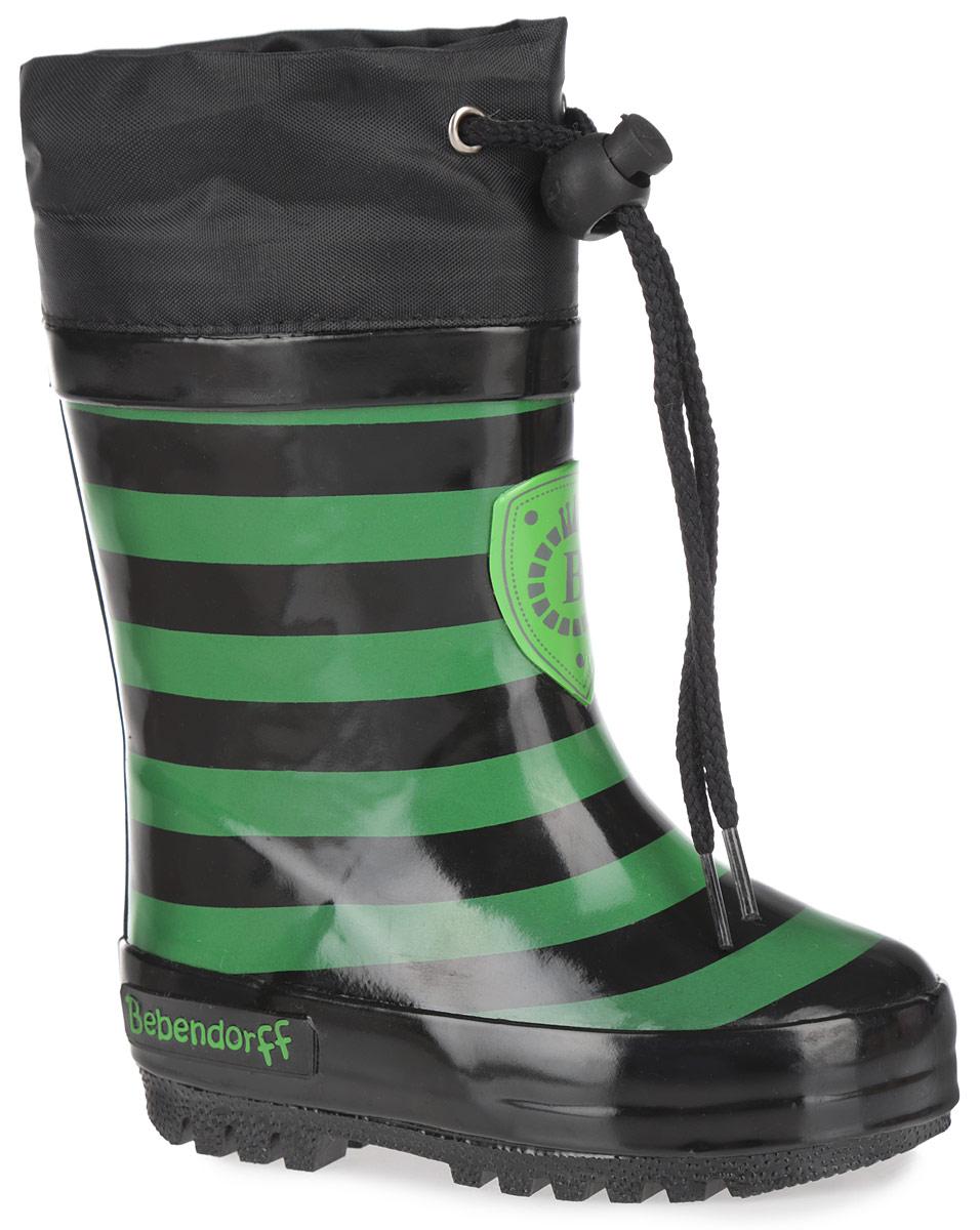 Сапоги резиновые детские. 11150111504Утепленные резиновые сапоги от Bebendorff - идеальная обувь в холодную дождливую погоду для вашего ребенка. Сапоги, выполненные из качественной резины, оформлены принтом в полоску, логотипом и названием бренда. Подкладка из шерсти, подарит ощущение комфорта и тепла вашему ребенку. Съемная стелька EVA с поверхностью из натуральной шерсти комфортна при движении. Текстильный верх голенища регулируется в объеме за счет шнурка с бегунком. Подошва с протектором обеспечивает сцепление с любыми поверхностями. Резиновые сапожки - незаменимая вещь в дождливую погоду!
