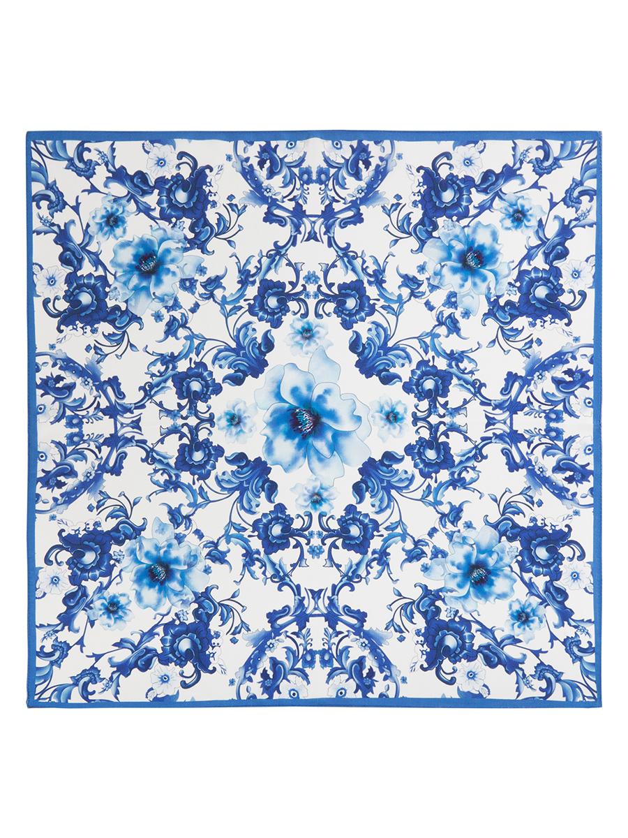 Платок женский. SS03-7771SS03-7771Стильный женский платок Eleganzza станет великолепным завершением любого наряда. Платок изготовлен из высококачественного шелка и оформлен оригинальным цветочным орнаментом. Классическая квадратная форма позволяет носить платок на шее, украшать им прическу или декорировать сумочку. Такой платок превосходно дополнит любой наряд и подчеркнет ваш неповторимый вкус и элегантность.