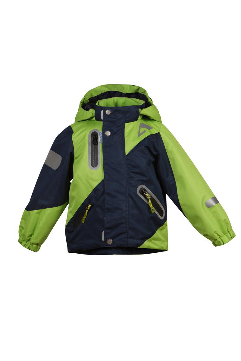 Куртка для мальчика Кай. 16/OA-3JK41016/OA-3JK410Куртка для мальчика Oldos Active Кай идеально подойдет для вашего ребенка в холодное время года. Куртка изготовлена из водонепроницаемой и ветрозащитной ткани. Водо- и грязеотталкивающее покрытие Teflon повышает износостойкость модели, что обеспечит ей хороший внешний вид на всем протяжении носки. Благодаря пропитке грязь не проникает в ткань, и ее легко смыть под струей воды или стереть влажной салфеткой. Нанесенная с изнаночной стороны ткани мембрана 3000/3000 позволяет дышать - отводит излишнюю влагу наружу, поддерживая комфортную для тела ребенка атмосферу. Куртка рассчитана на температуру от -5°С до +15°С. Куртка с капюшоном и небольшим воротником-стойкой застегивается на пластиковую застежку-молнию и дополнительно имеет двойную ветрозащитную планку и защиту подбородка. Внешний ветрозащитный клапан на застежках-кнопках и липучках. Подкладка курточки выполнена из теплого мягкого флиса в виде отстегивающейся кофточки на застежке-молнии с двумя втачными кармашками (можно...
