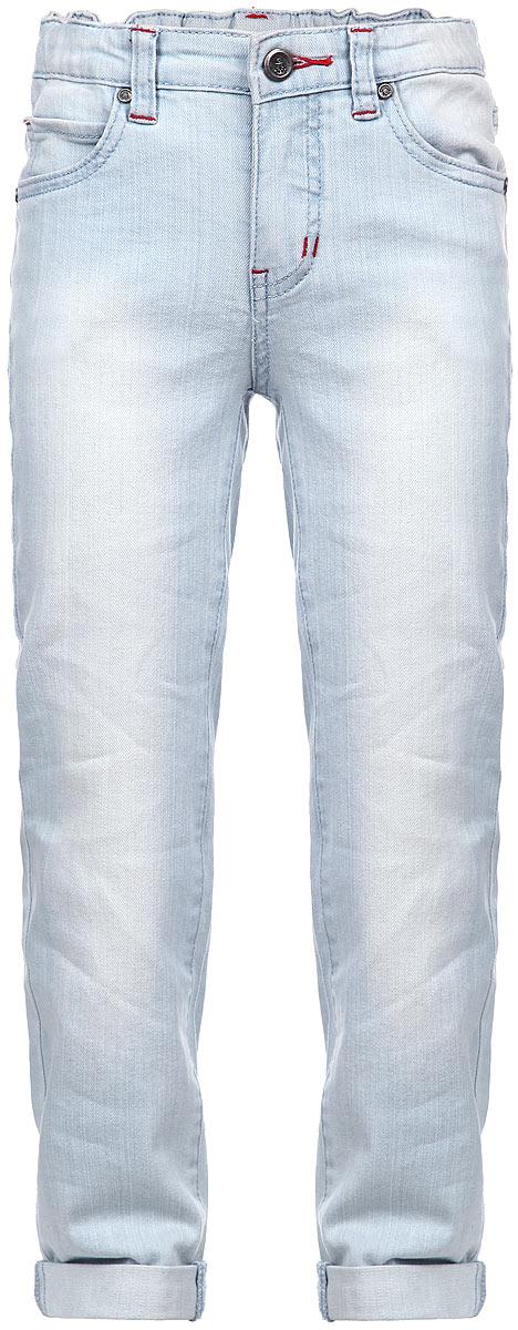 Джинсы для мальчика. 161103161103Стильные джинсы для мальчика PlayToday идеально подойдут вашему малышу. Изготовленные из эластичного хлопка с добавлением вискозы, они необычайно мягкие и приятные на ощупь, великолепно отводят влагу от тела, не сковывают движения малыша и позволяют коже дышать, не раздражают даже самую нежную и чувствительную кожу ребенка, обеспечивая ему наибольший комфорт. Классические джинсы прямого покроя с легким эффектом потертости. Модель застегивается на ширинку на застежке-молнии и металлическую пуговицу на поясе, имеются шлевки для ремня. С внутренней стороны пояс регулируется резинкой на пуговицах. Модель имеет пятикарманный крой: спереди - два втачных кармана и один маленький накладной, а сзади - два накладных. При желании джинсы можно подвернуть. Оригинальный современный дизайн и модная расцветка делают эти джинсы модным и стильным предметом детского гардероба. В них ваш маленький модник всегда будет в центре внимания!