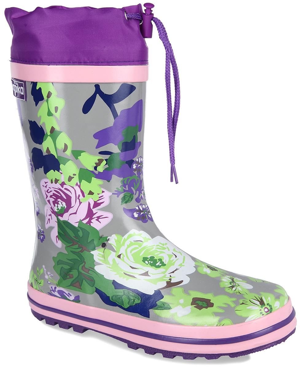 Резиновые сапоги570тРезиновые сапоги от Kapika - идеальная обувь в дождливую погоду. Сапоги выполнены из резины и оформлены цветочным принтом. Подкладка и съемная стелька из текстиля не дадут ногам замерзнуть. Текстильный верх голенища регулируется в объеме за счет шнурка со стоппером. Рельефная поверхность подошвы гарантирует отличное сцепление с любой поверхностью. Резиновые сапоги прекрасно защитят ноги вашего ребенка от промокания в дождливый день.